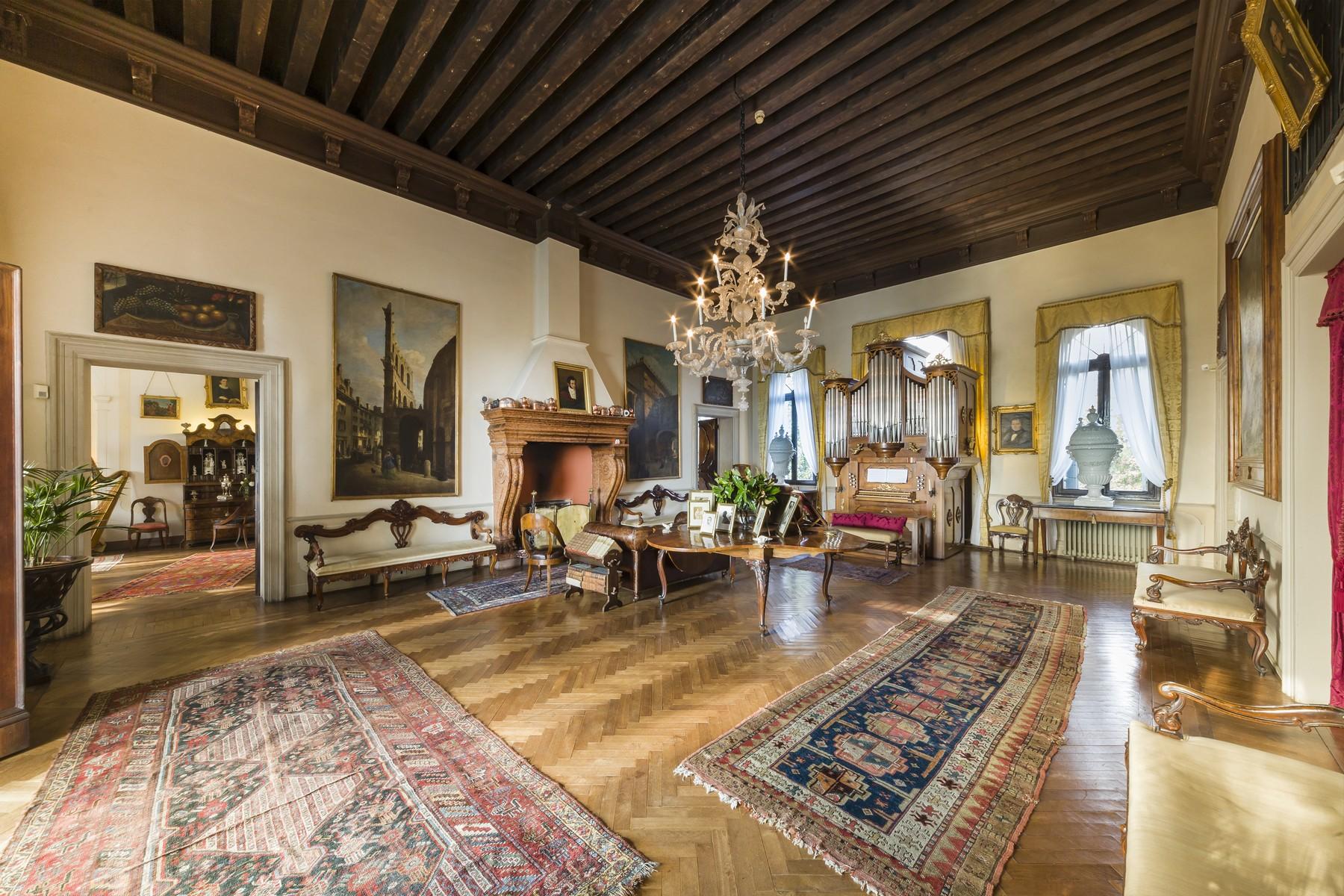 Villa in Vendita a Conegliano: 5 locali, 1500 mq - Foto 3