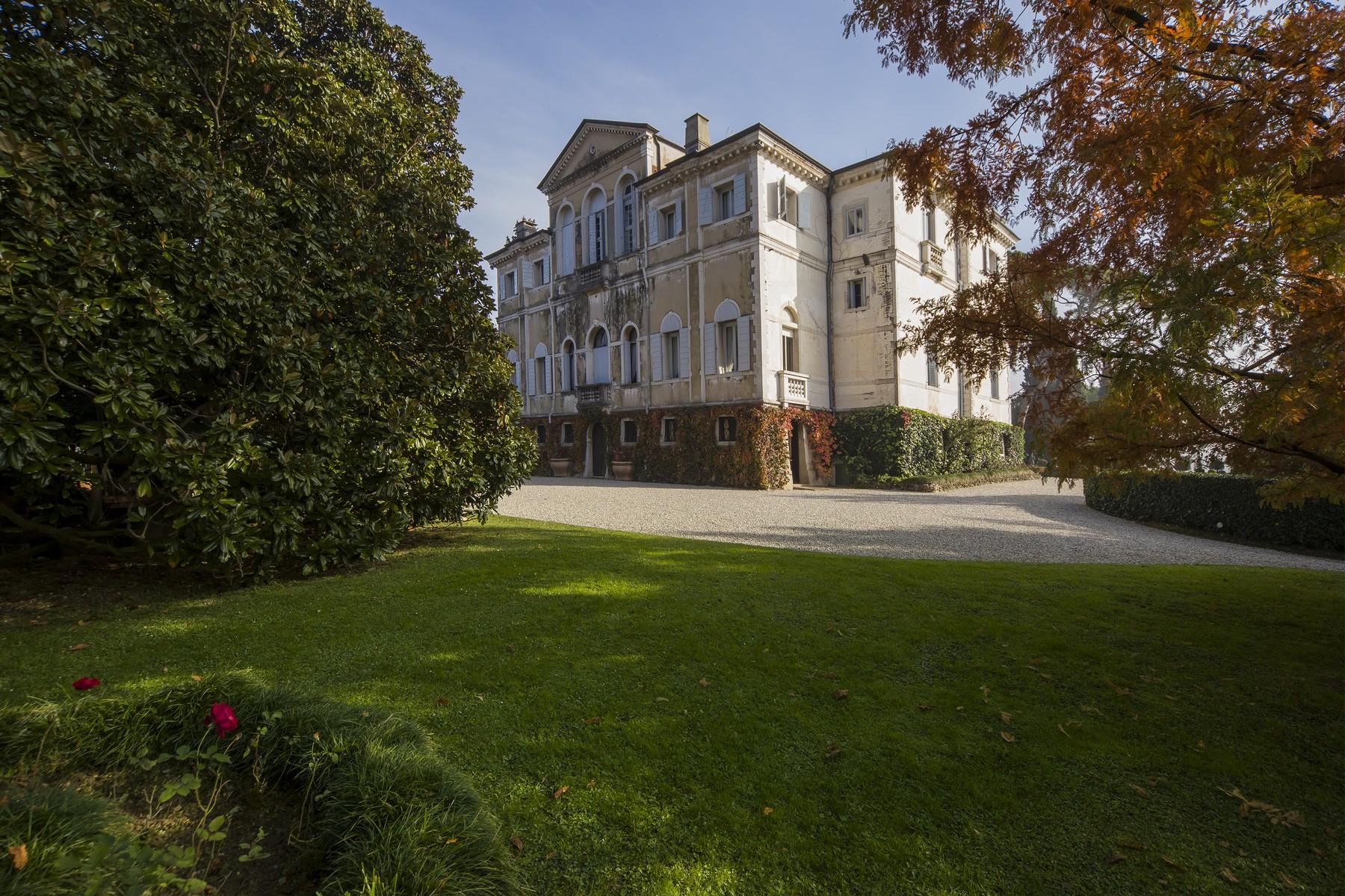 Villa in Vendita a Conegliano: 5 locali, 1500 mq - Foto 16