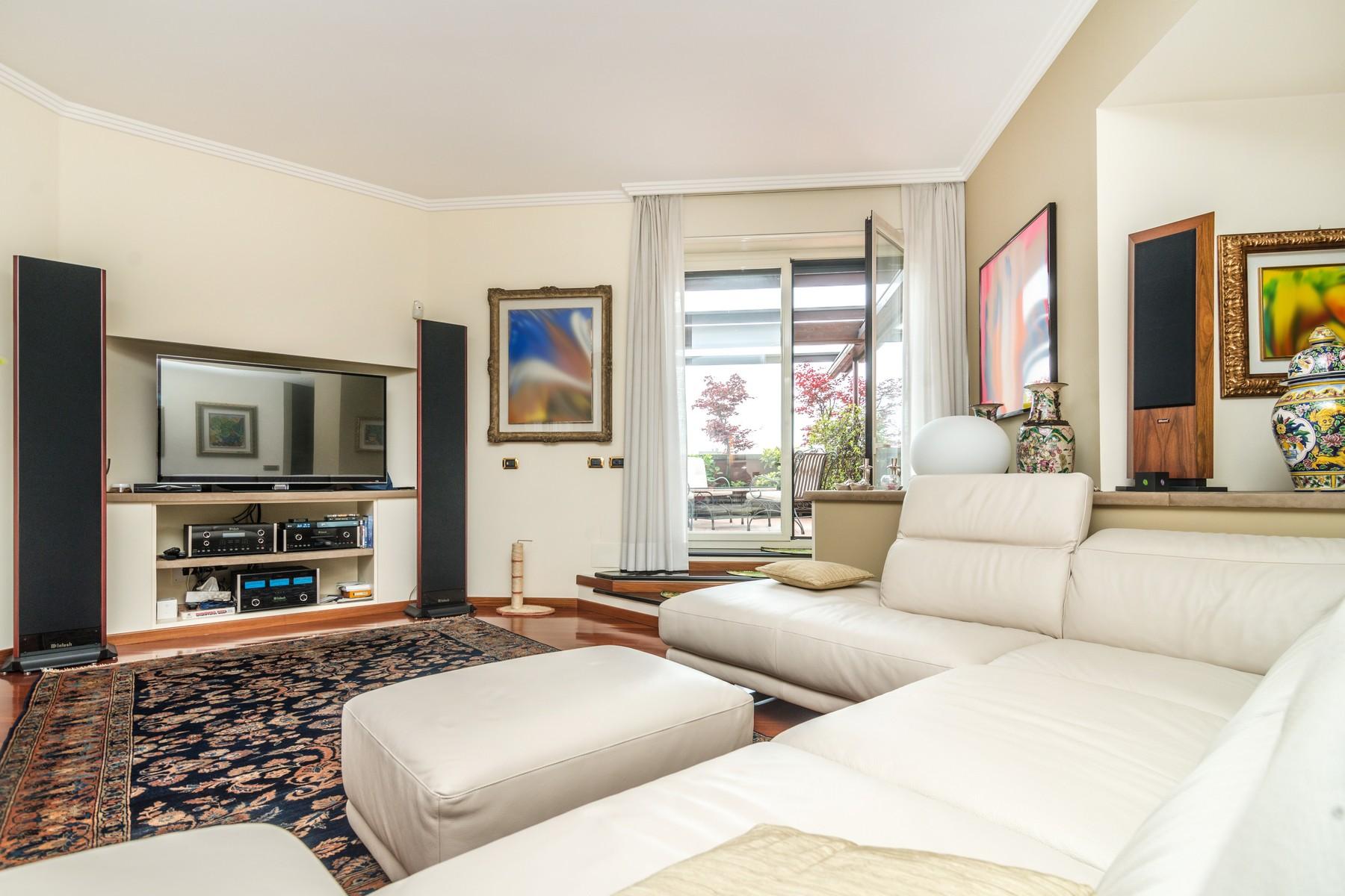 Appartamento in Vendita a Segrate: 5 locali, 500 mq - Foto 3