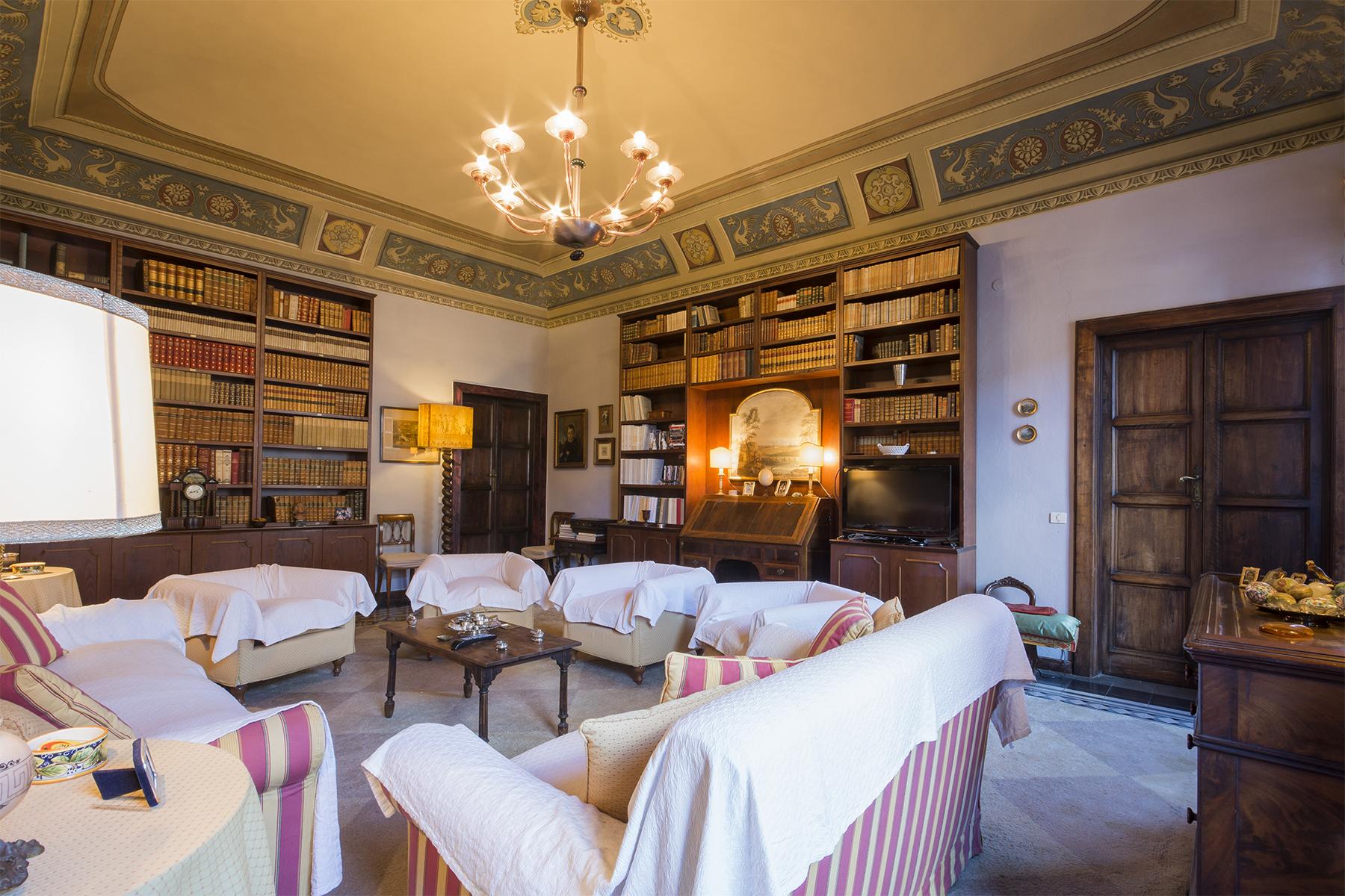 Palazzo in Vendita a Volterra: 5 locali, 1320 mq - Foto 7