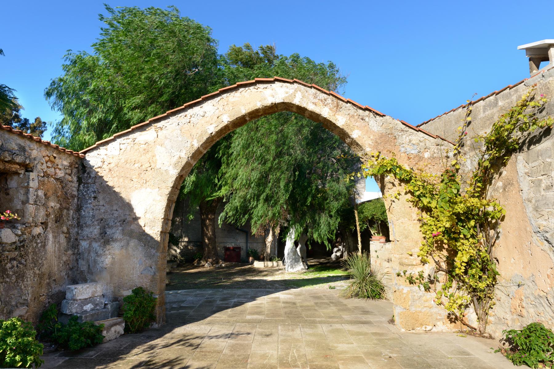 Villa in Vendita a Mesagne: 5 locali, 350 mq - Foto 15