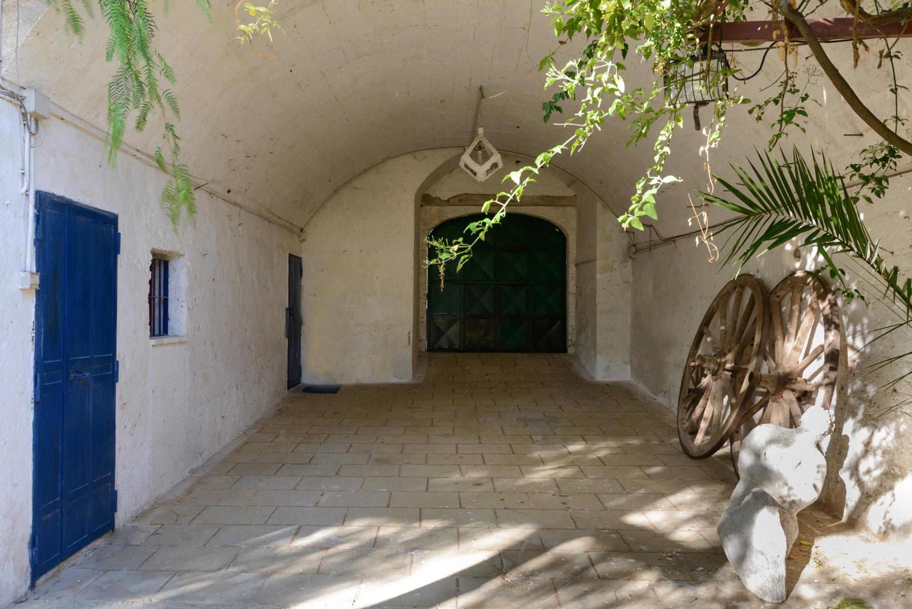 Villa in Vendita a Mesagne: 5 locali, 350 mq - Foto 19