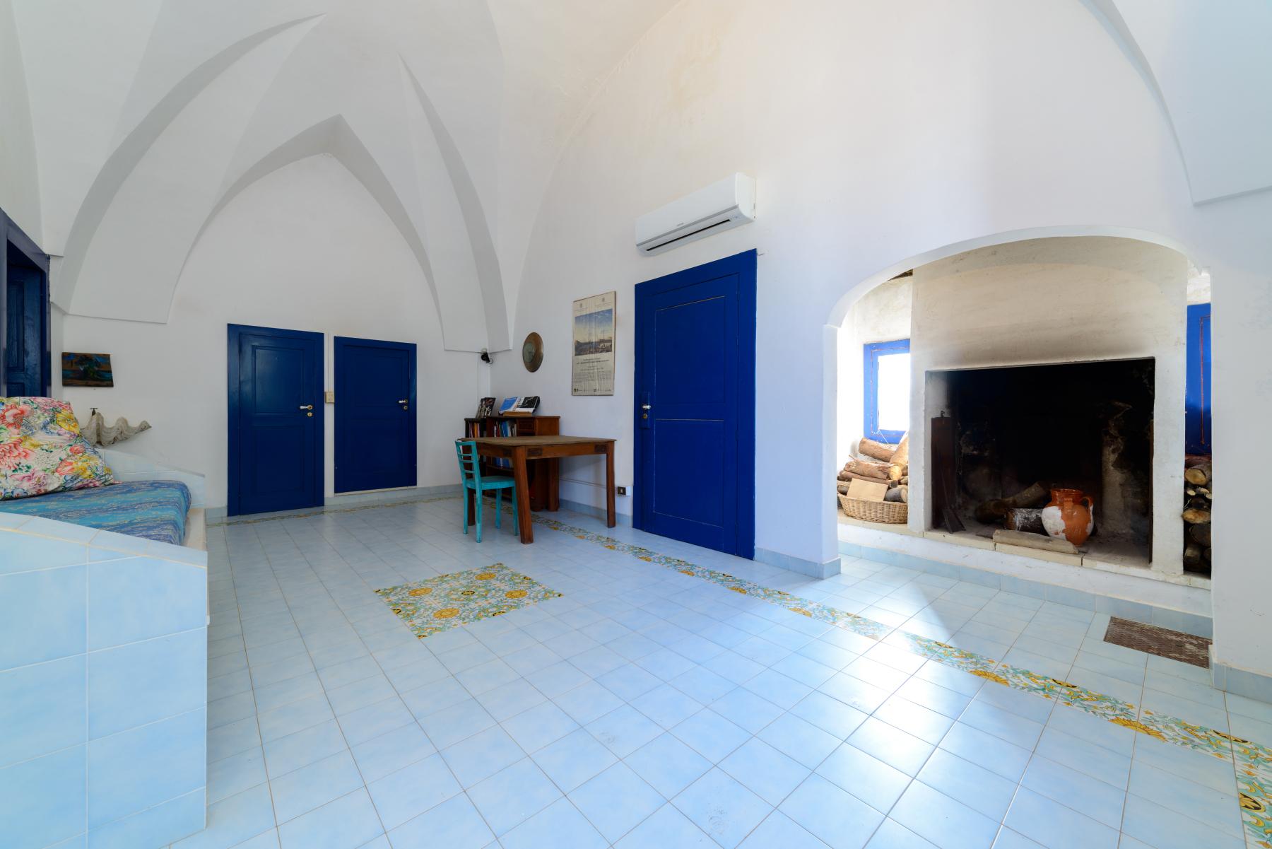 Villa in Vendita a Mesagne: 5 locali, 350 mq - Foto 25