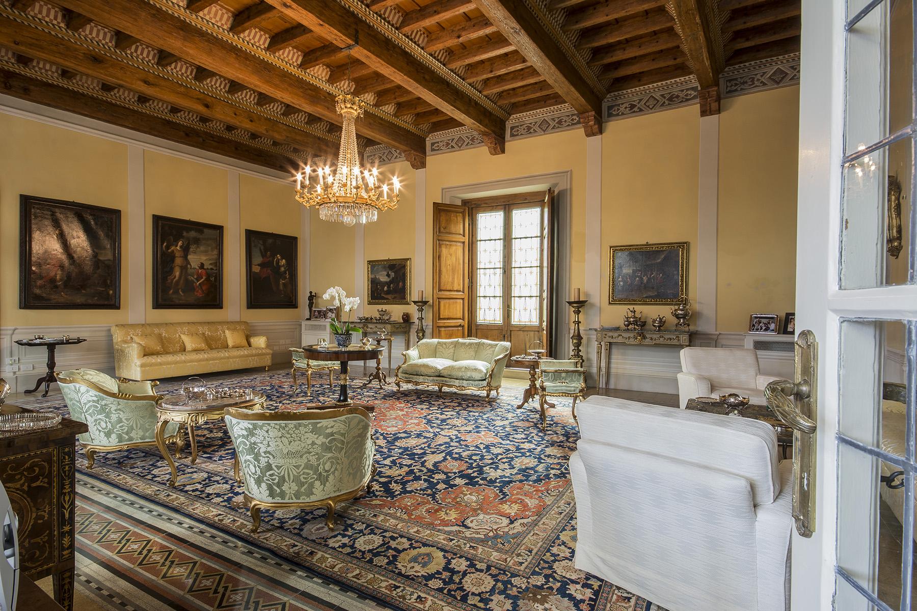Villa in Vendita a Lucca: 5 locali, 1200 mq - Foto 1
