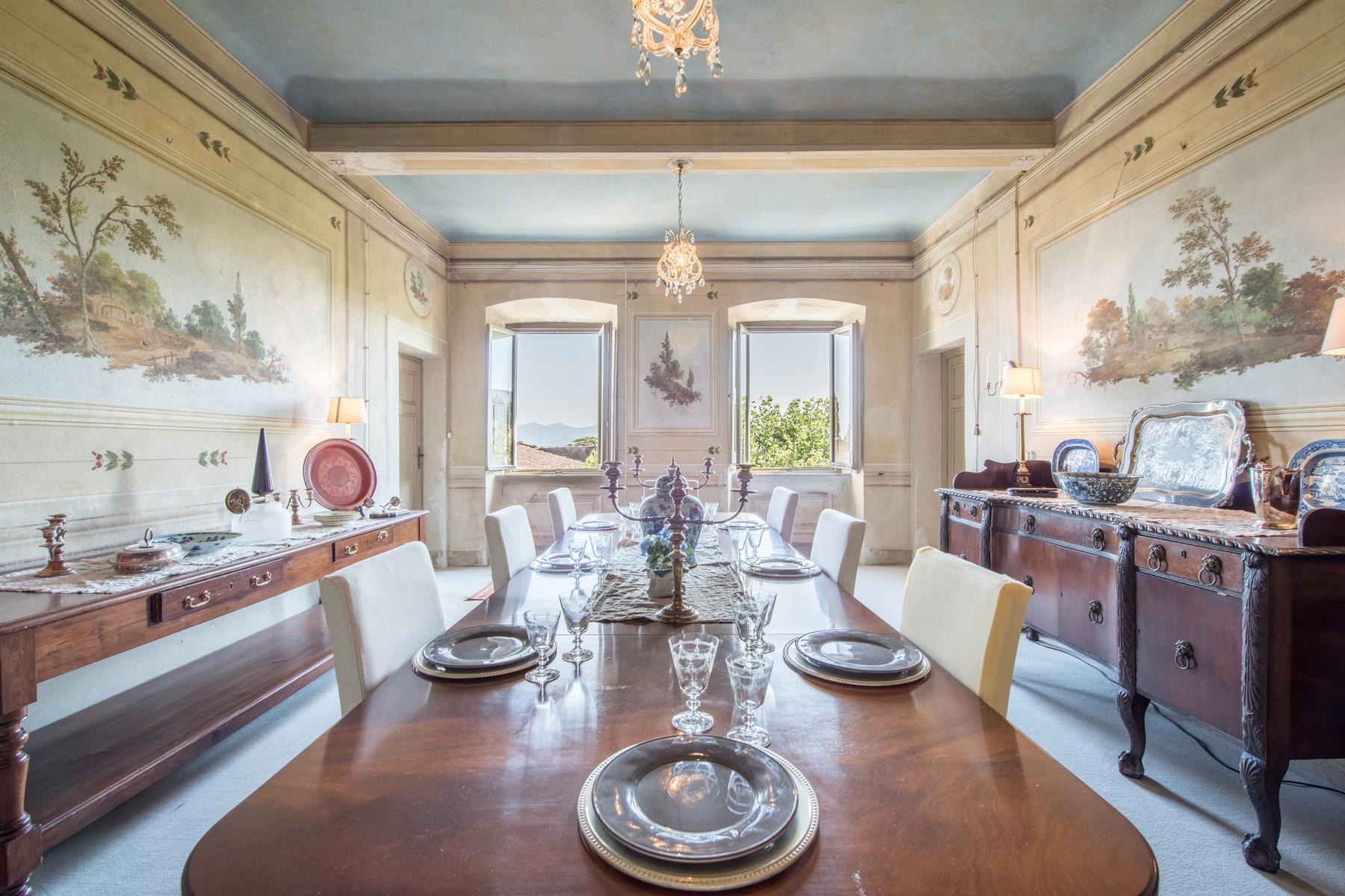 Villa in Vendita a Lucca: 5 locali, 2500 mq - Foto 4