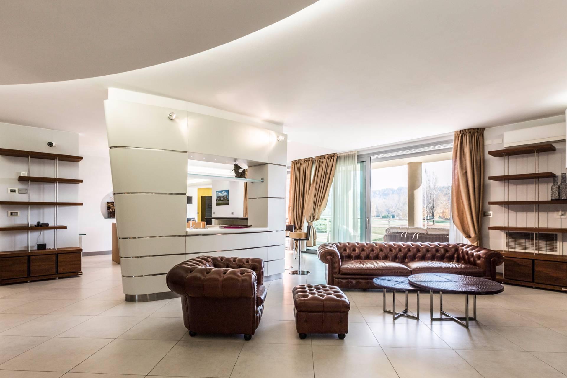 Villa in Vendita a Castel San Pietro Terme: 5 locali, 460 mq - Foto 15
