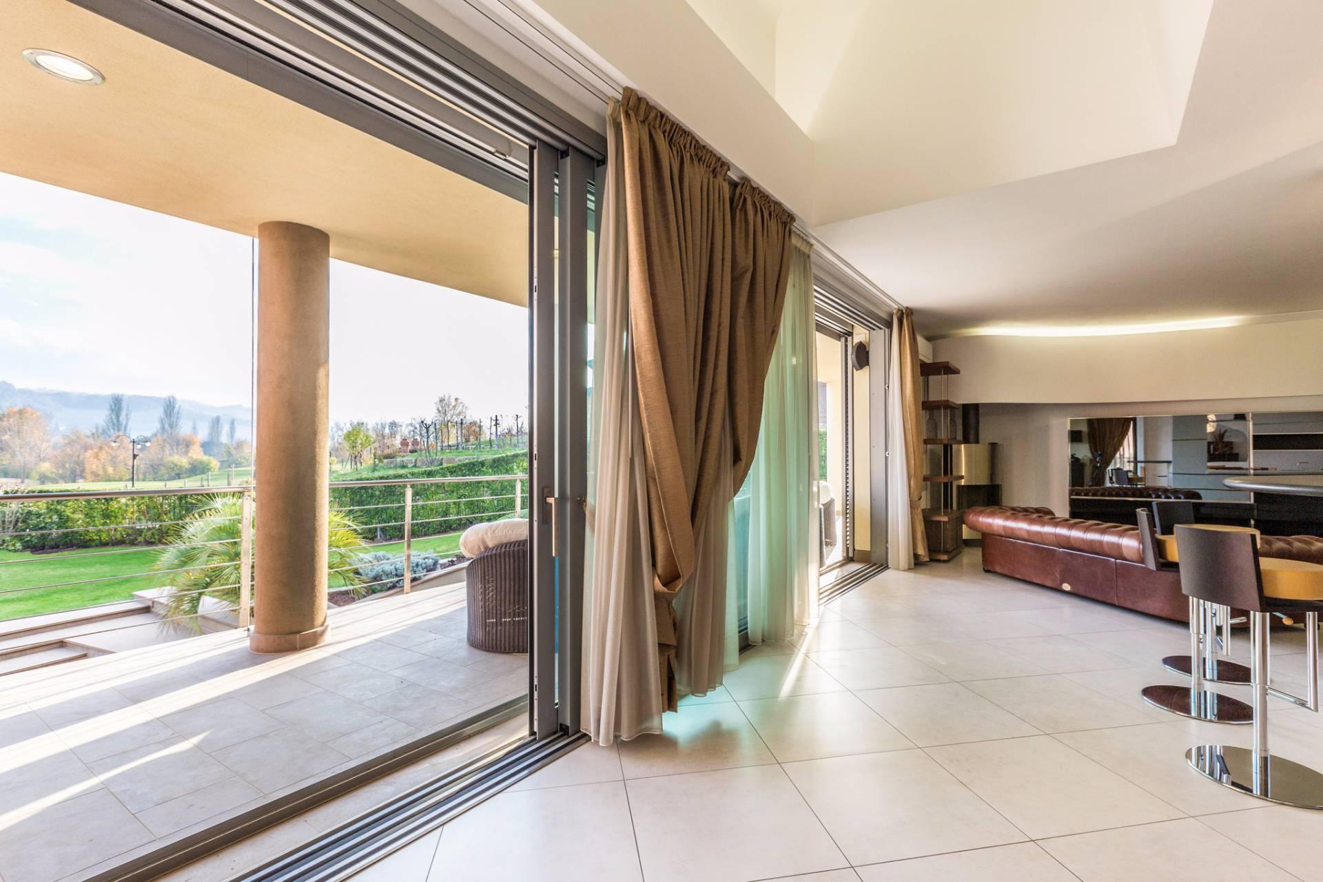Villa in Vendita a Castel San Pietro Terme: 5 locali, 460 mq - Foto 21