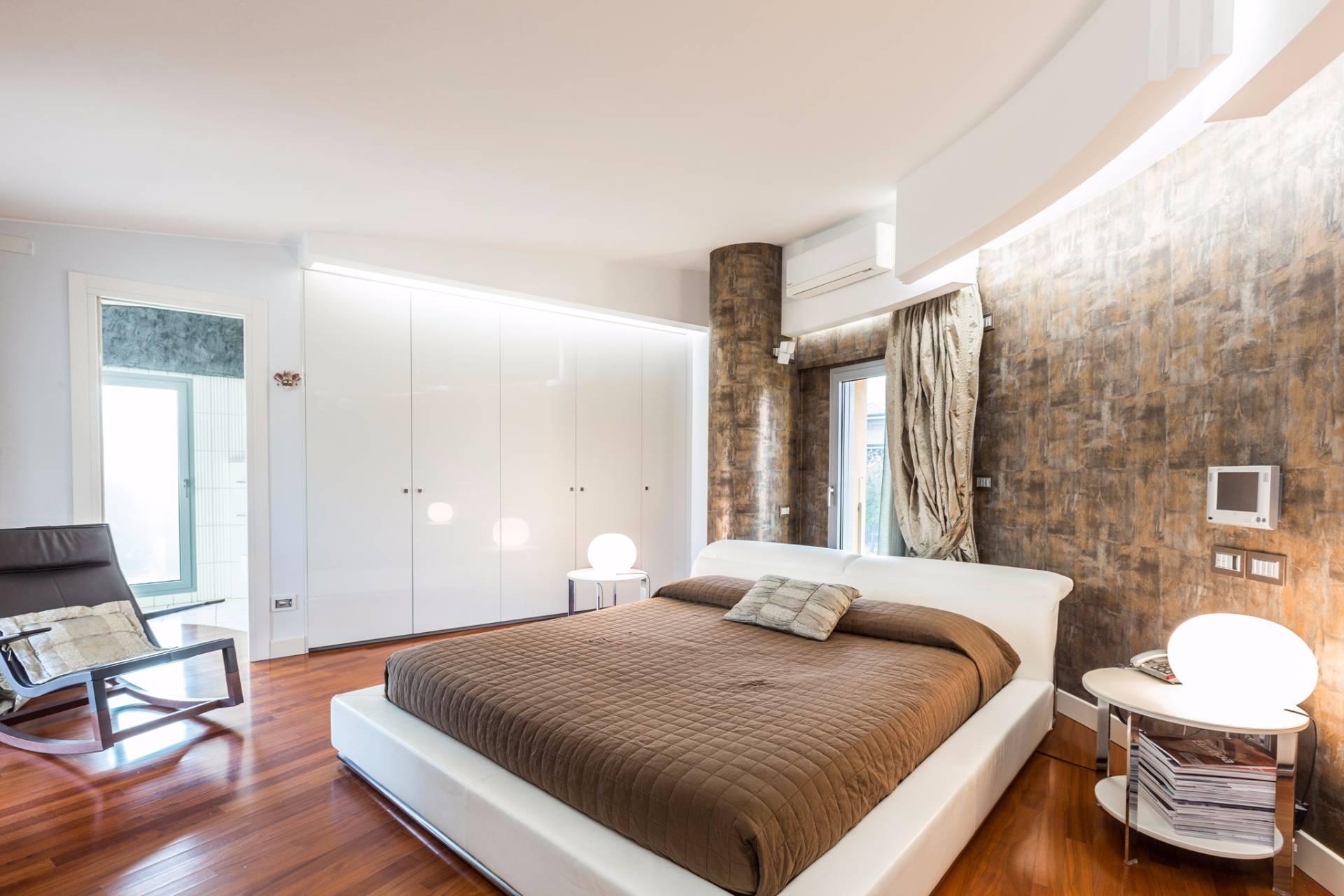 Villa in Vendita a Castel San Pietro Terme: 5 locali, 460 mq - Foto 23