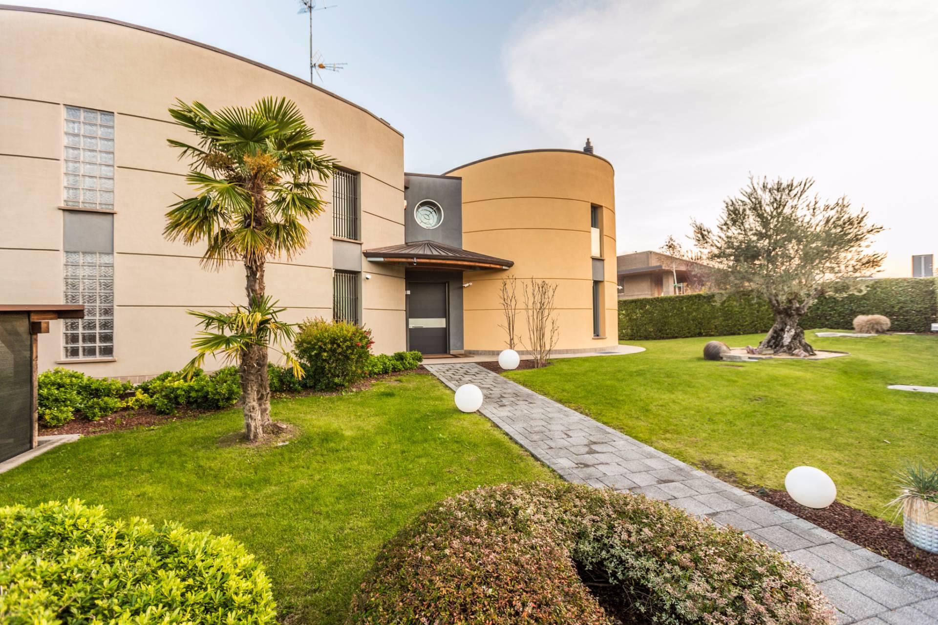 Villa in Vendita a Castel San Pietro Terme: 5 locali, 460 mq - Foto 7