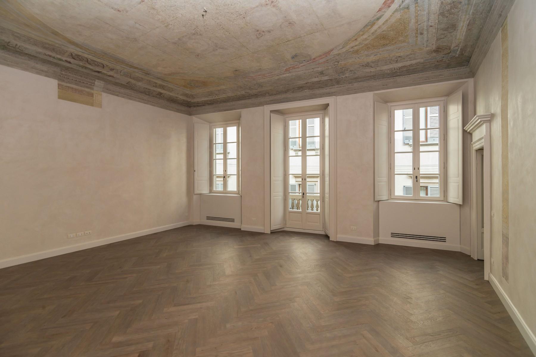 Appartamento in Affitto a Milano: 4 locali, 250 mq - Foto 2