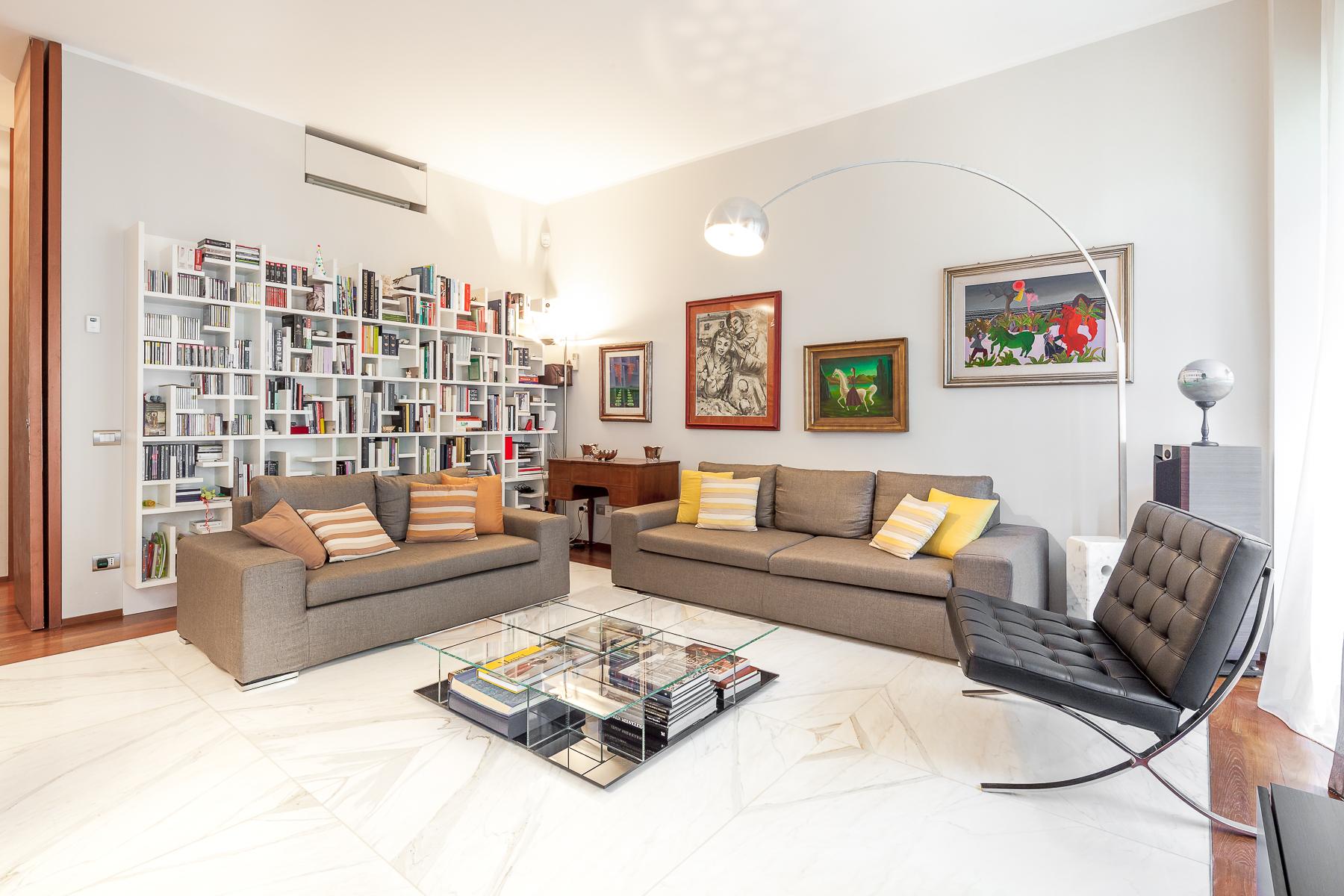 Appartamento in Vendita a Milano 07 Darsena /  Ticinese: 5 locali, 176 mq