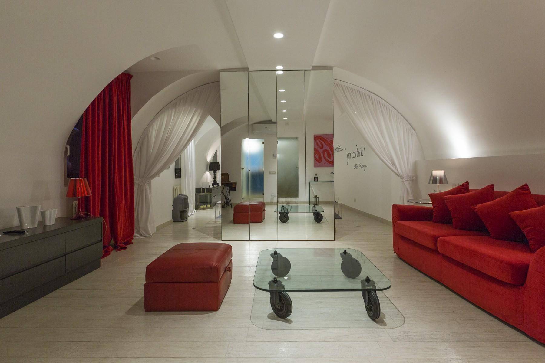 Casa indipendente in Vendita a Milano via cerva