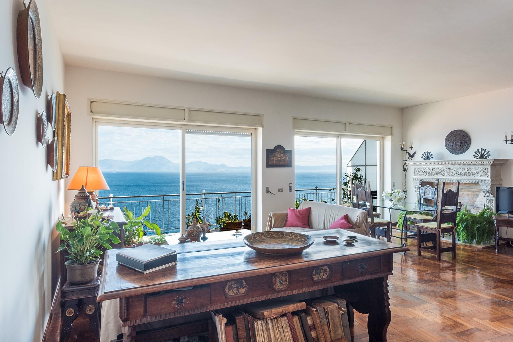 Appartamento in Vendita a Napoli: 5 locali, 230 mq - Foto 6