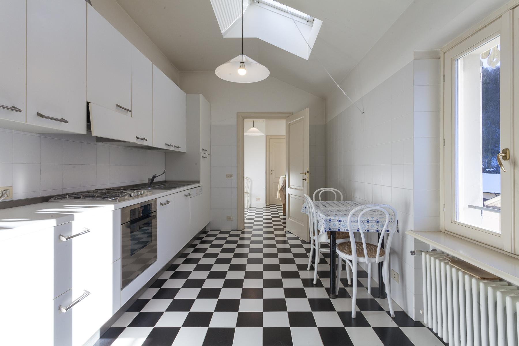 Appartamento in Vendita a Torino: 5 locali, 270 mq - Foto 9
