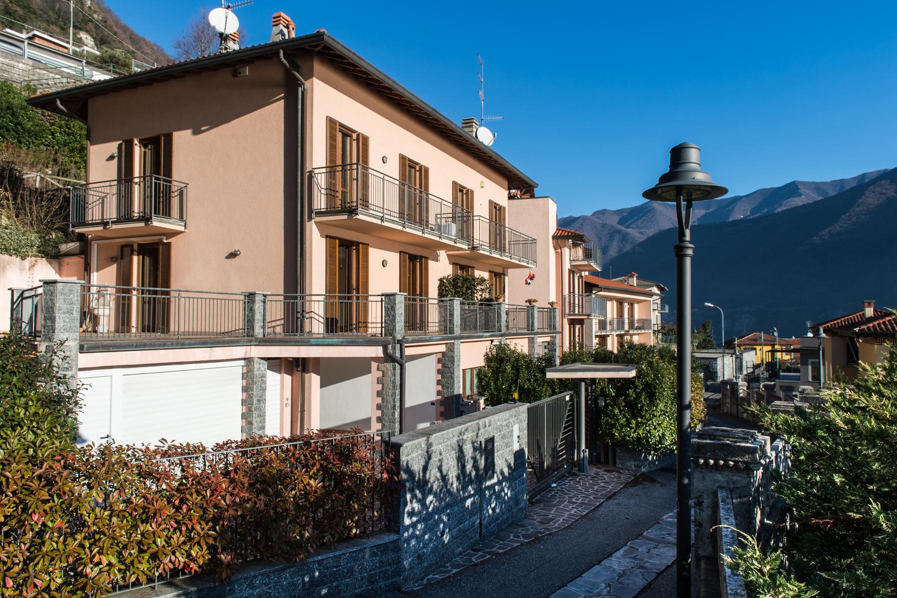 Casa indipendente in Vendita a Laglio: 5 locali, 220 mq