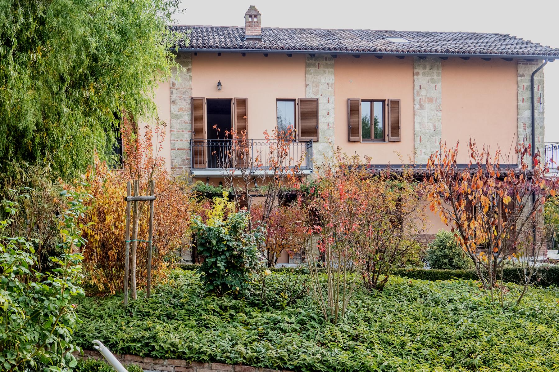 Appartamento in Vendita a Vignale Monferrato: 5 locali, 300 mq