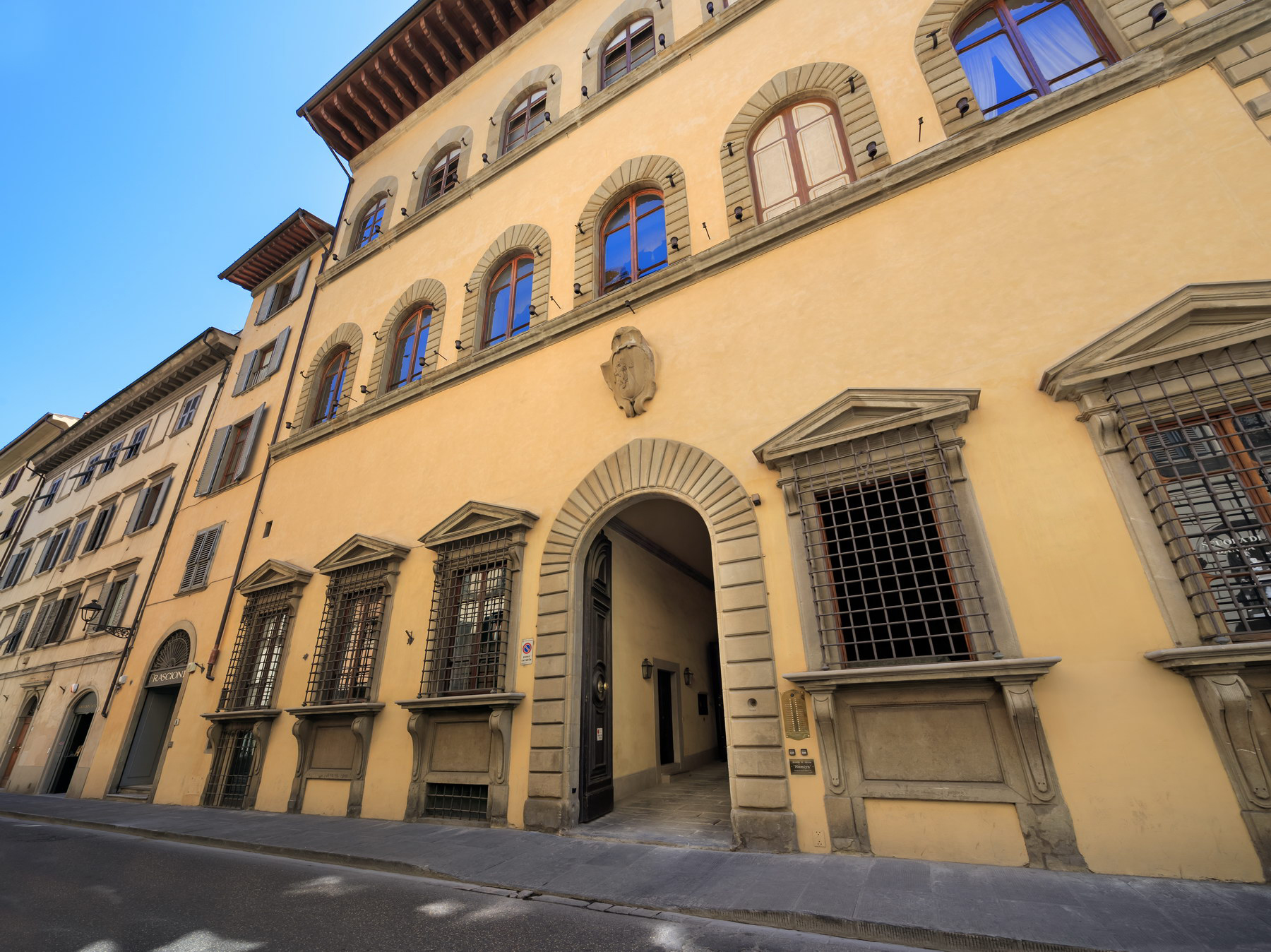 Appartamento in Affitto a Firenze via maggio