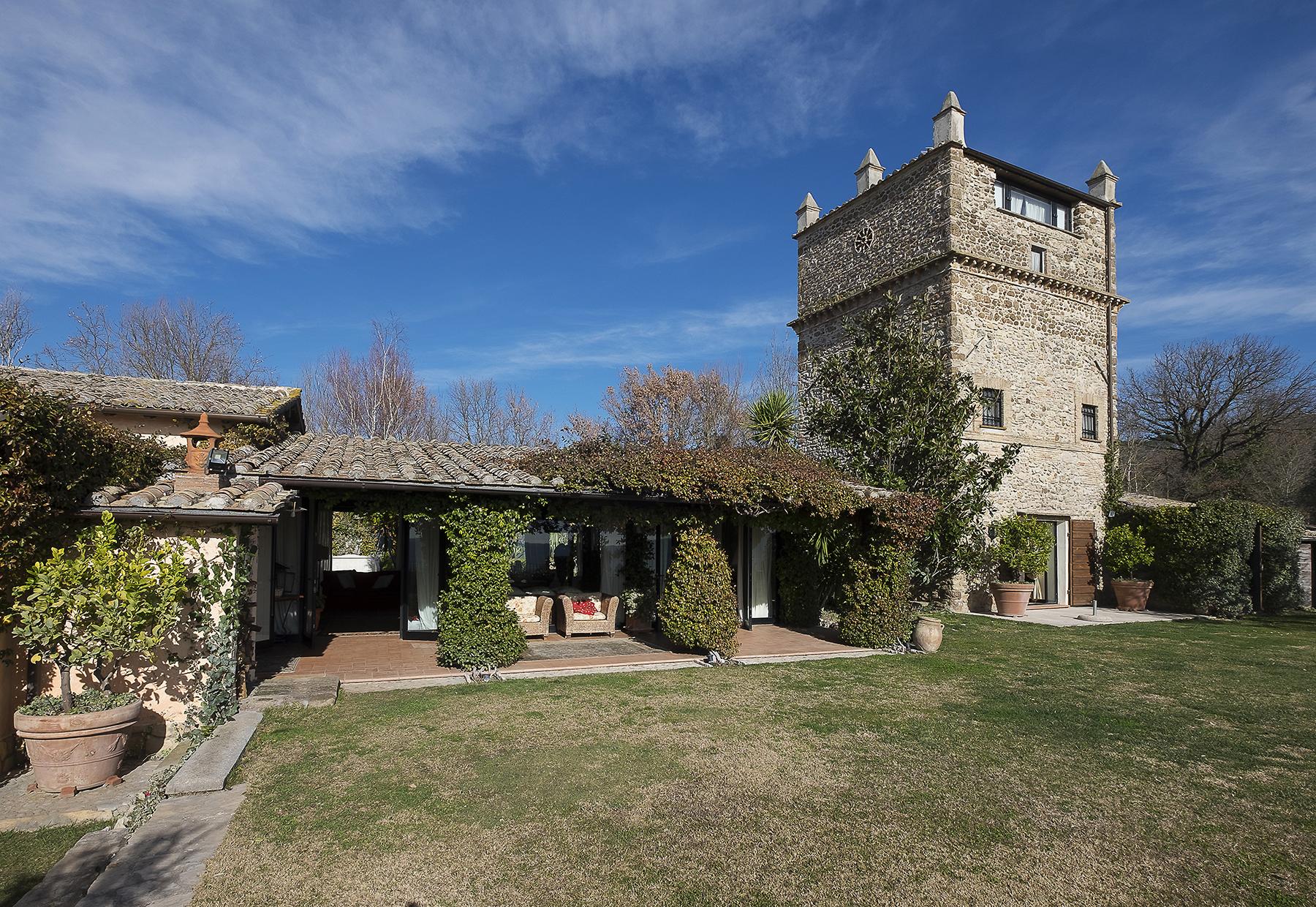Villa in Vendita a Stimigliano: 5 locali, 420 mq