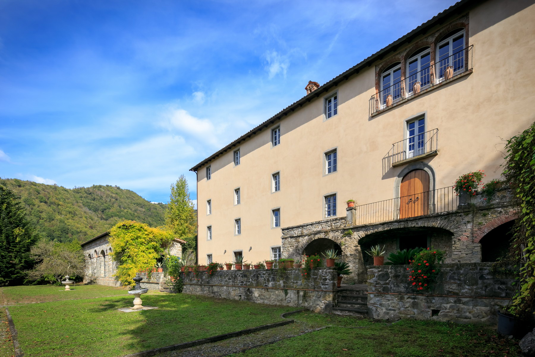 Villa in Vendita a Fosciandora: 5 locali, 500 mq - Foto 3