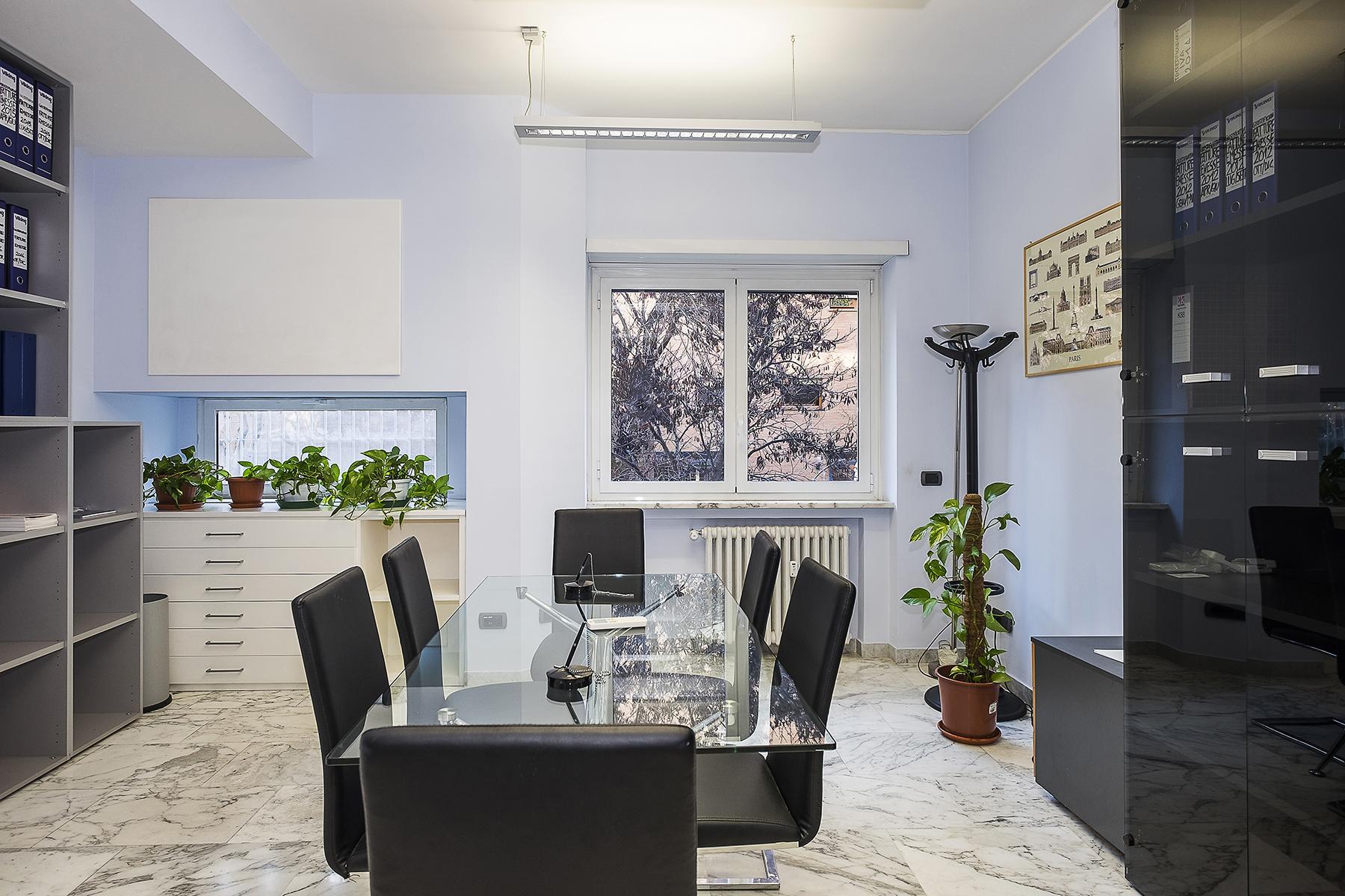 Ufficio studio di lusso in affitto a roma via eleonora for Affitto studio eur