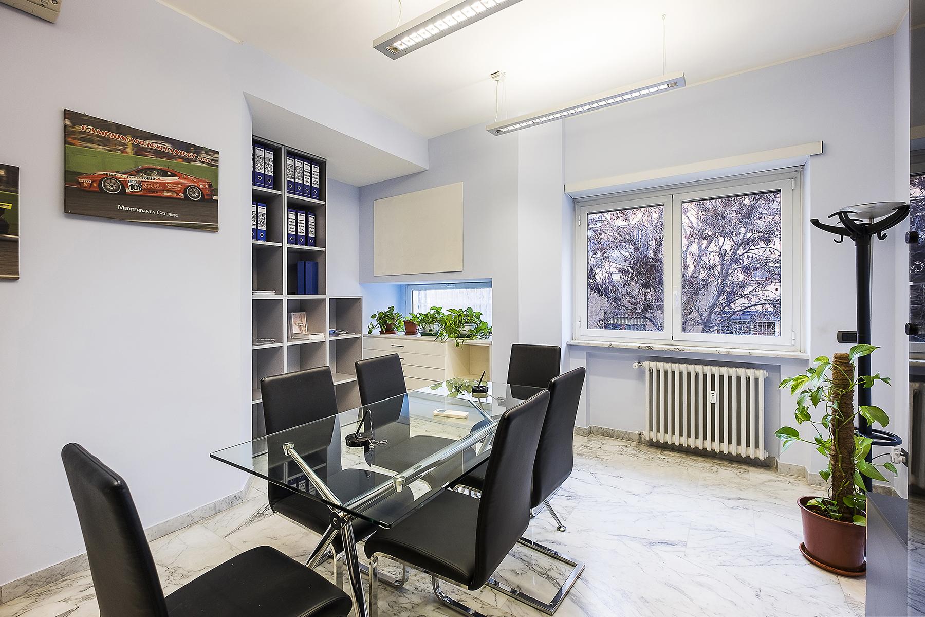 Ufficio studio di lusso in affitto a roma via eleonora for Studio affitto roma