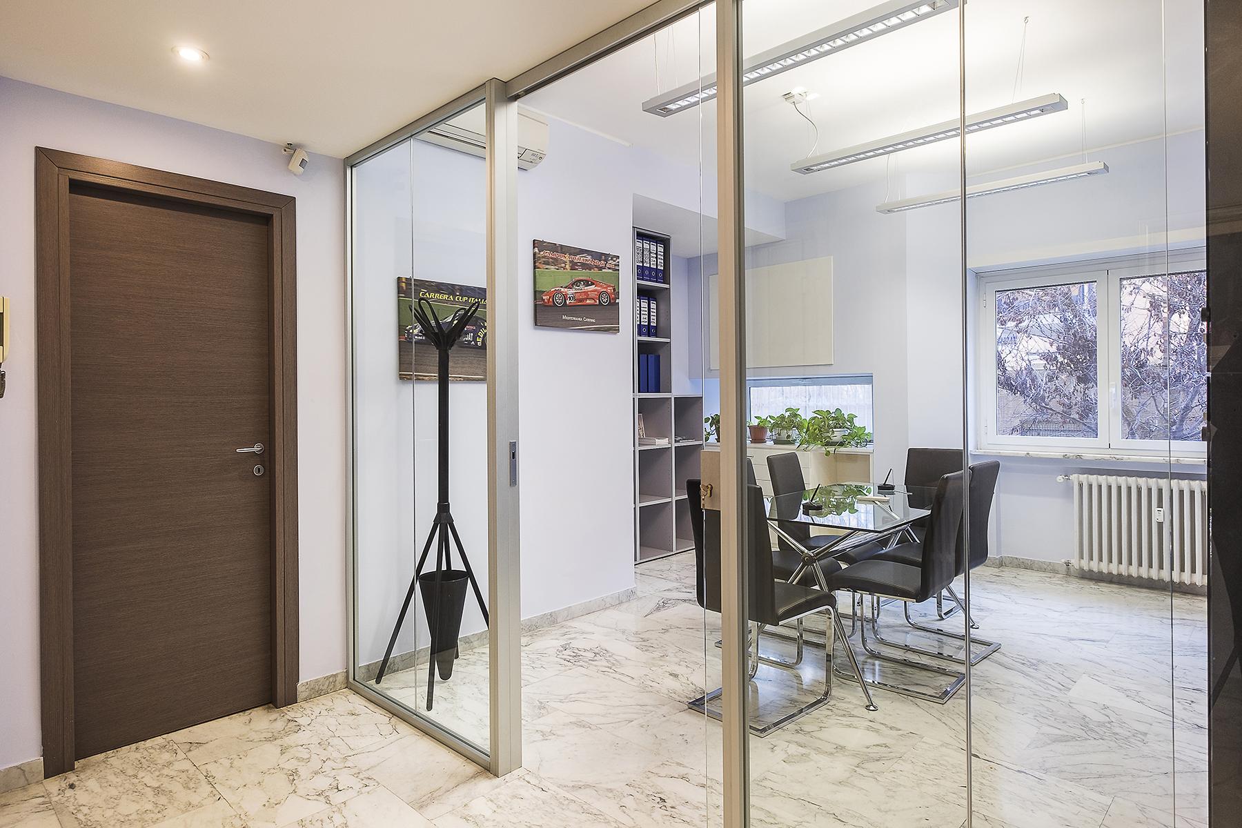Ufficio studio di lusso in affitto a roma via eleonora for Uffici parioli