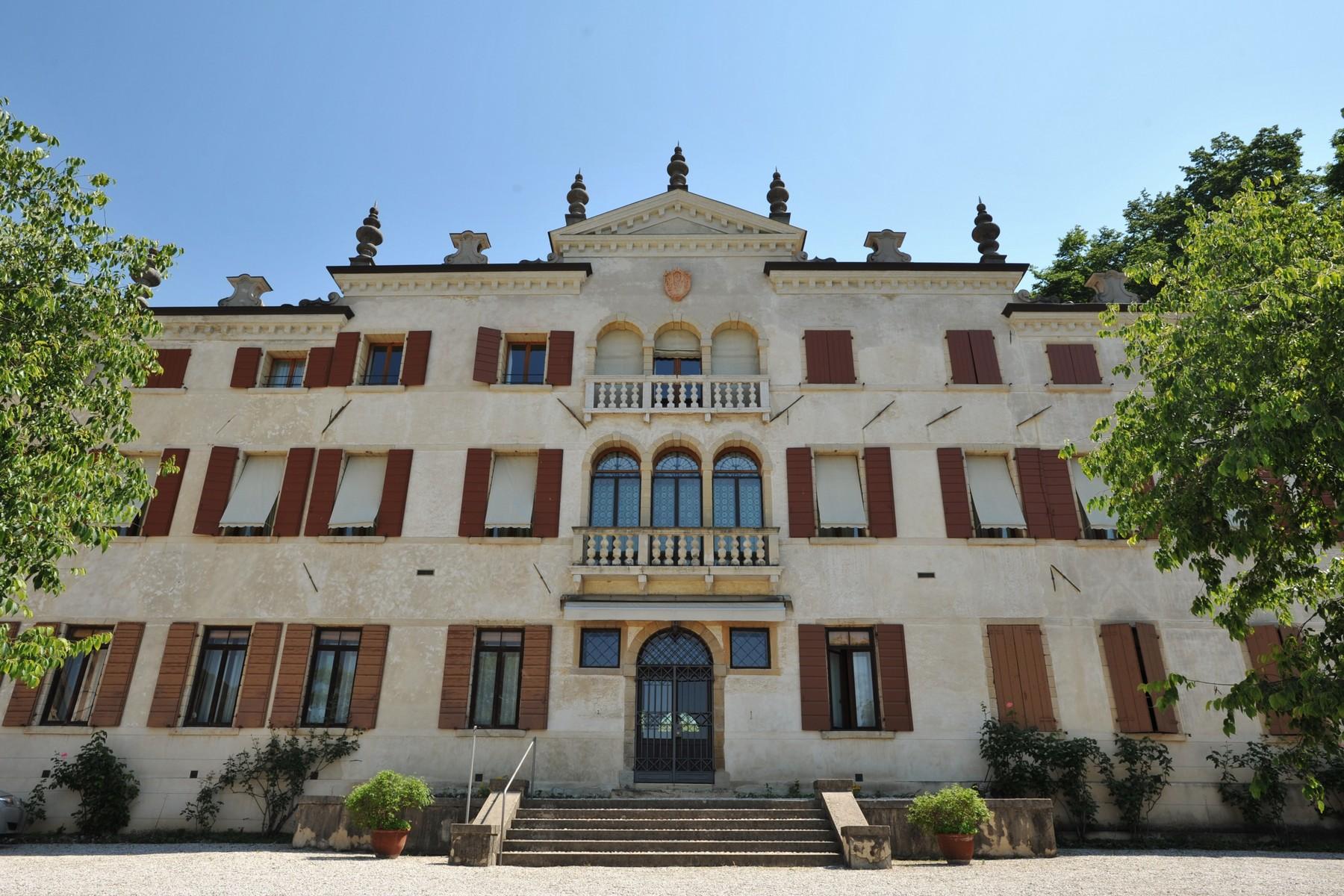 Appartamento in Vendita a Asolo: 5 locali, 500 mq - Foto 1