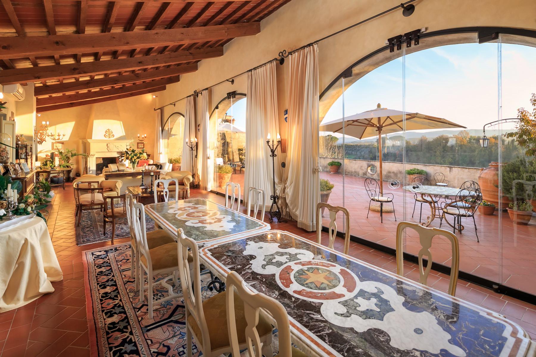 Villa in Vendita a Lari: 5 locali, 550 mq