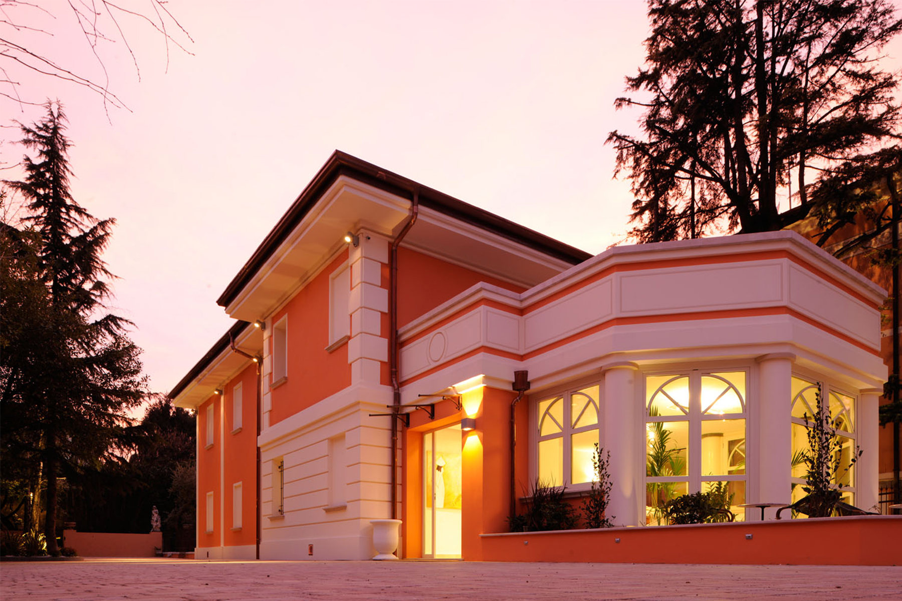 Albergo in Vendita a Desenzano Del Garda: 5 locali, 750 mq - Foto 1