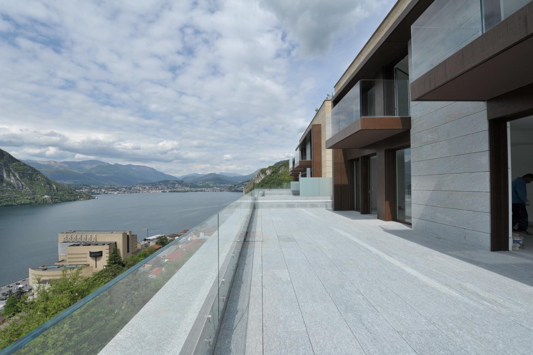 Villa in Vendita a Campione D'Italia via totone