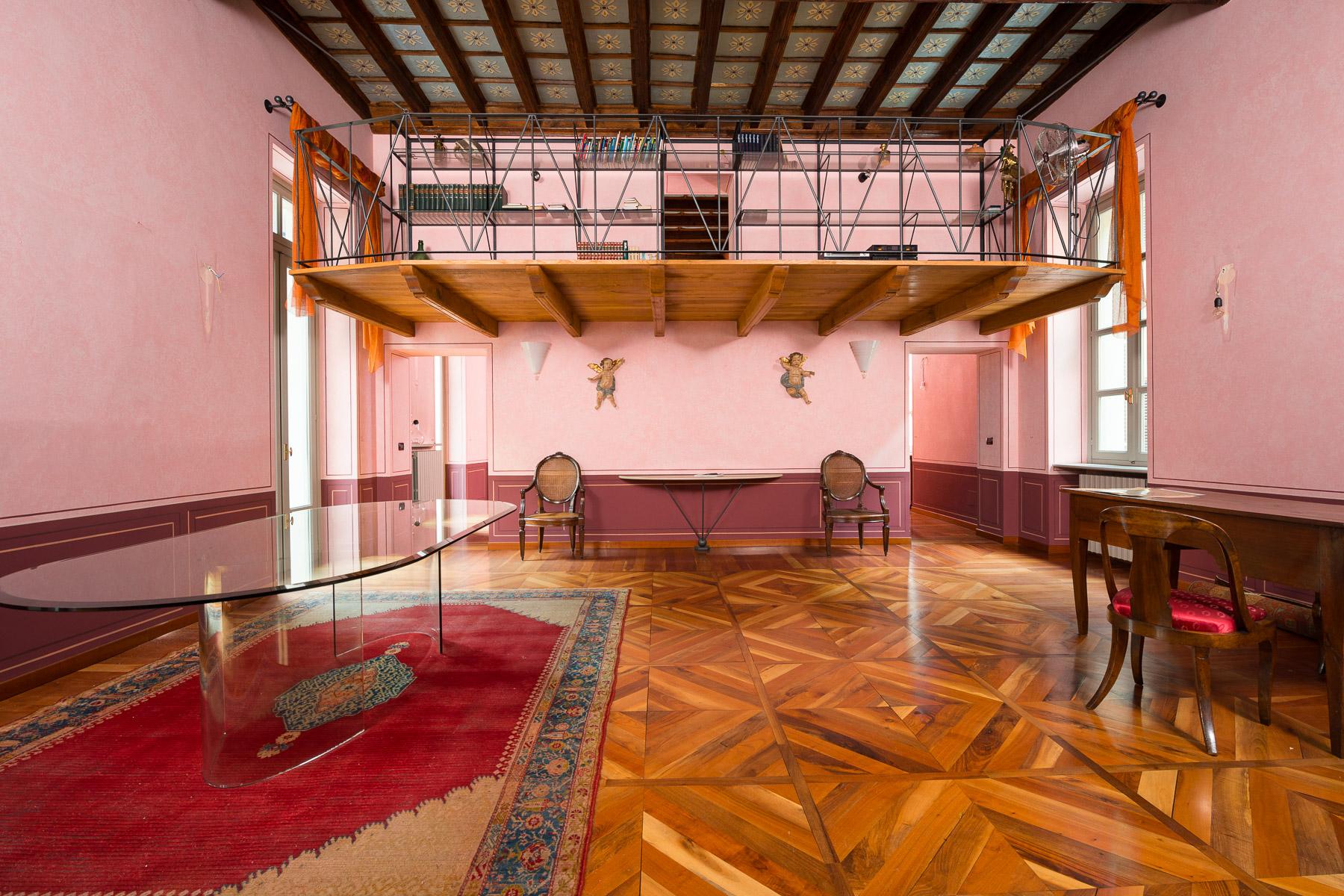 Appartamento in Vendita a Torino Centro: 5 locali, 175 mq