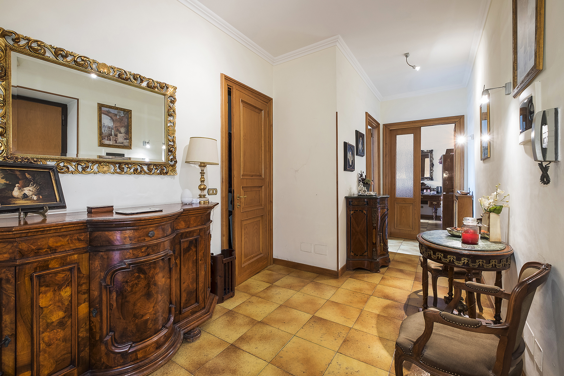 Ufficio-studio in Vendita a Roma 06 Nuovo / Salario / Prati fiscali: 4 locali, 109 mq