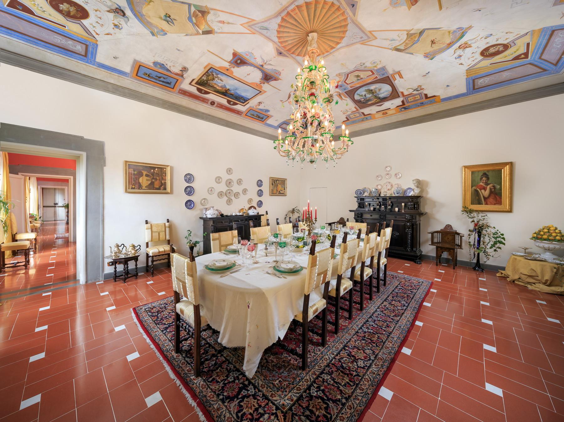 Appartamento in Vendita a Firenze via de serragli