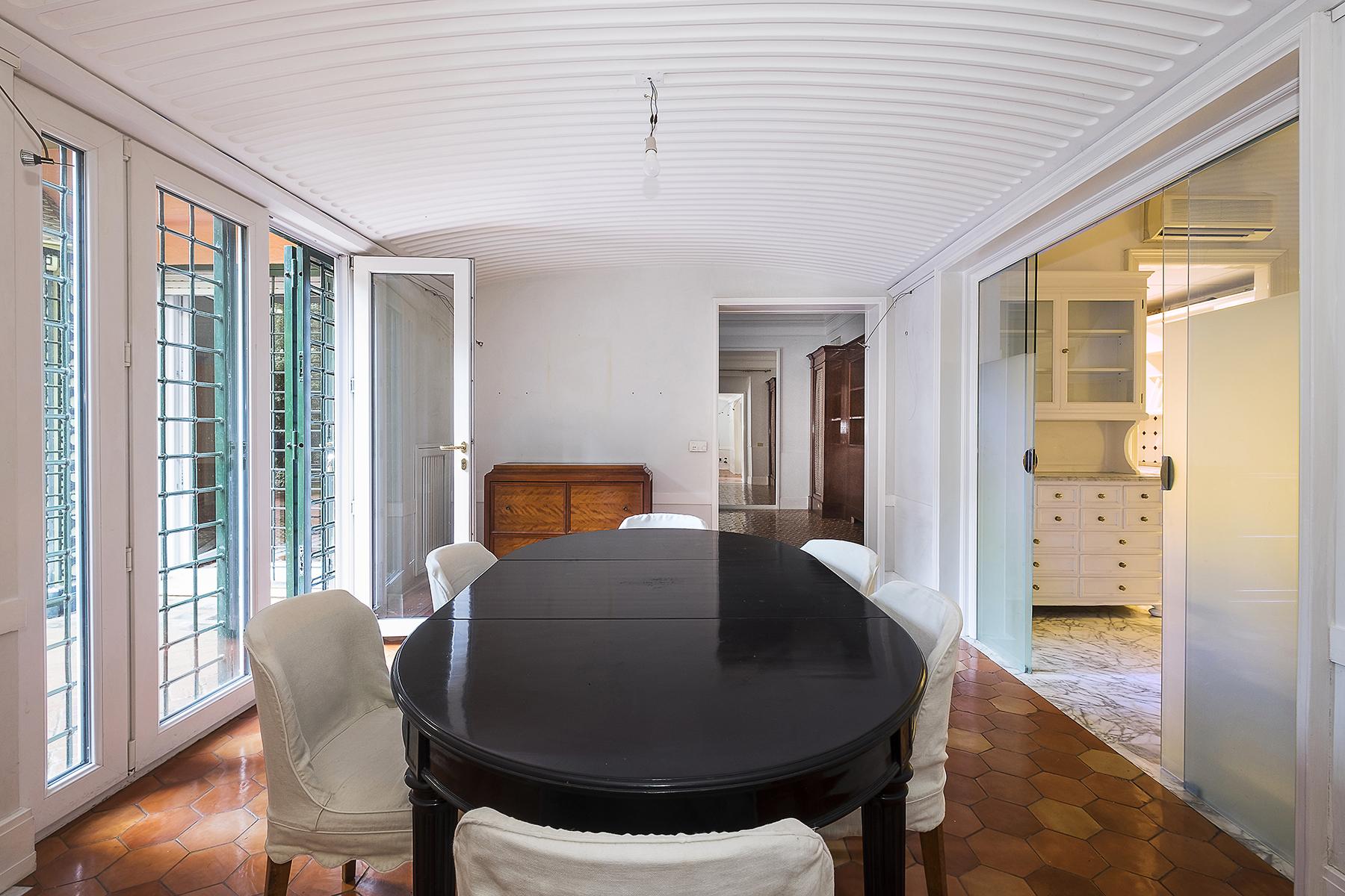 Appartamento di lusso in affitto a roma via aventina for Affitto studio medico roma eur