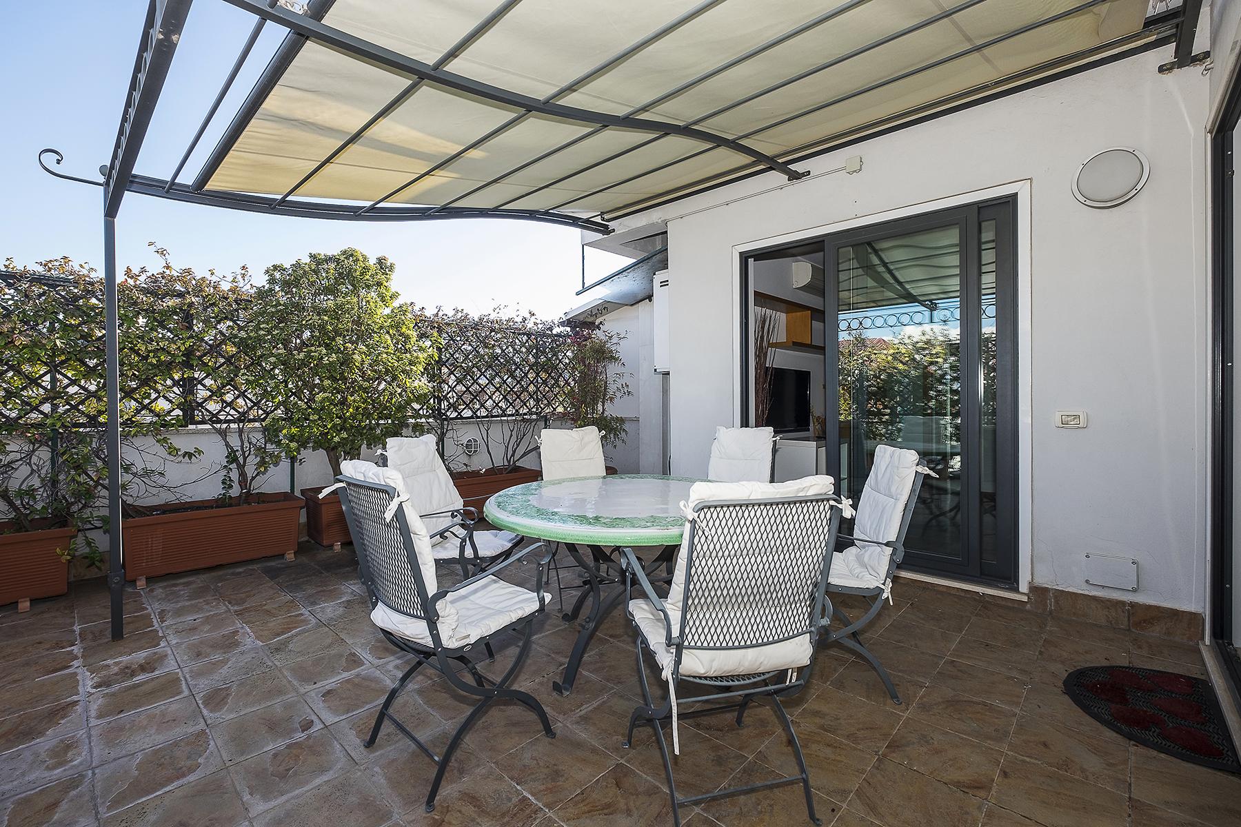 Appartamento di lusso in affitto a roma via bevagna for Locali uso ufficio in affitto a roma