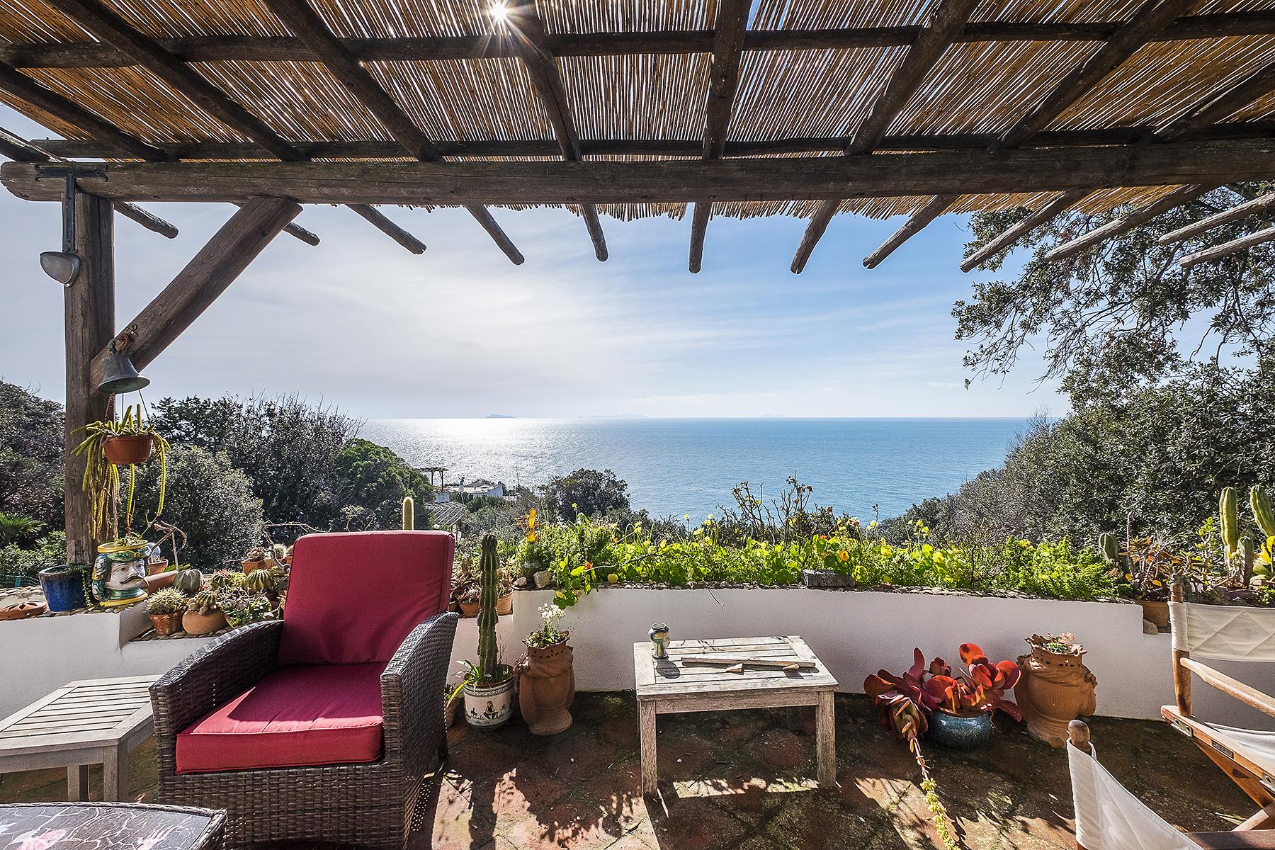 Villa in Vendita a San Felice Circeo via vasca moresca