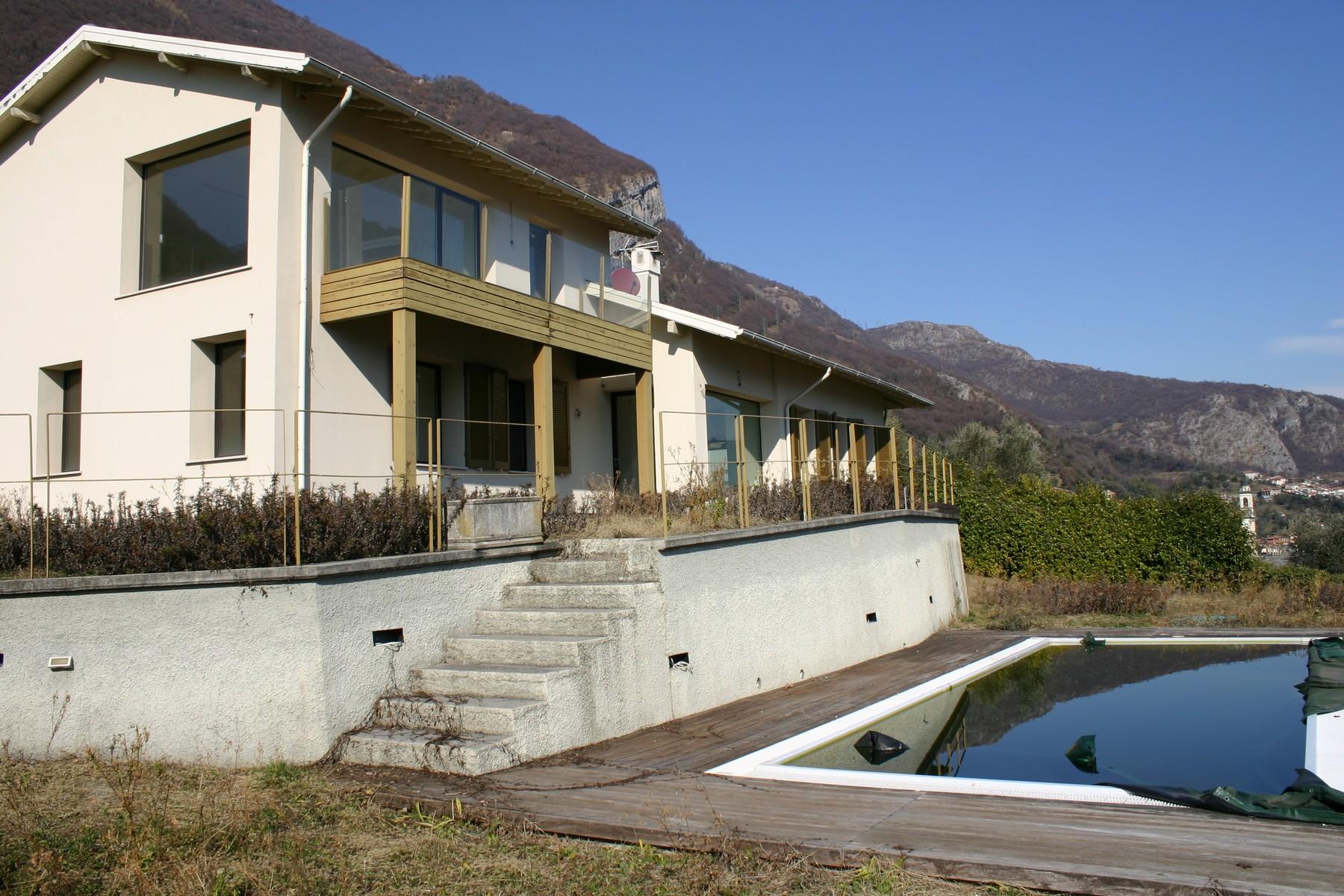 Villa in Vendita a Mezzegra: 5 locali, 240 mq - Foto 1