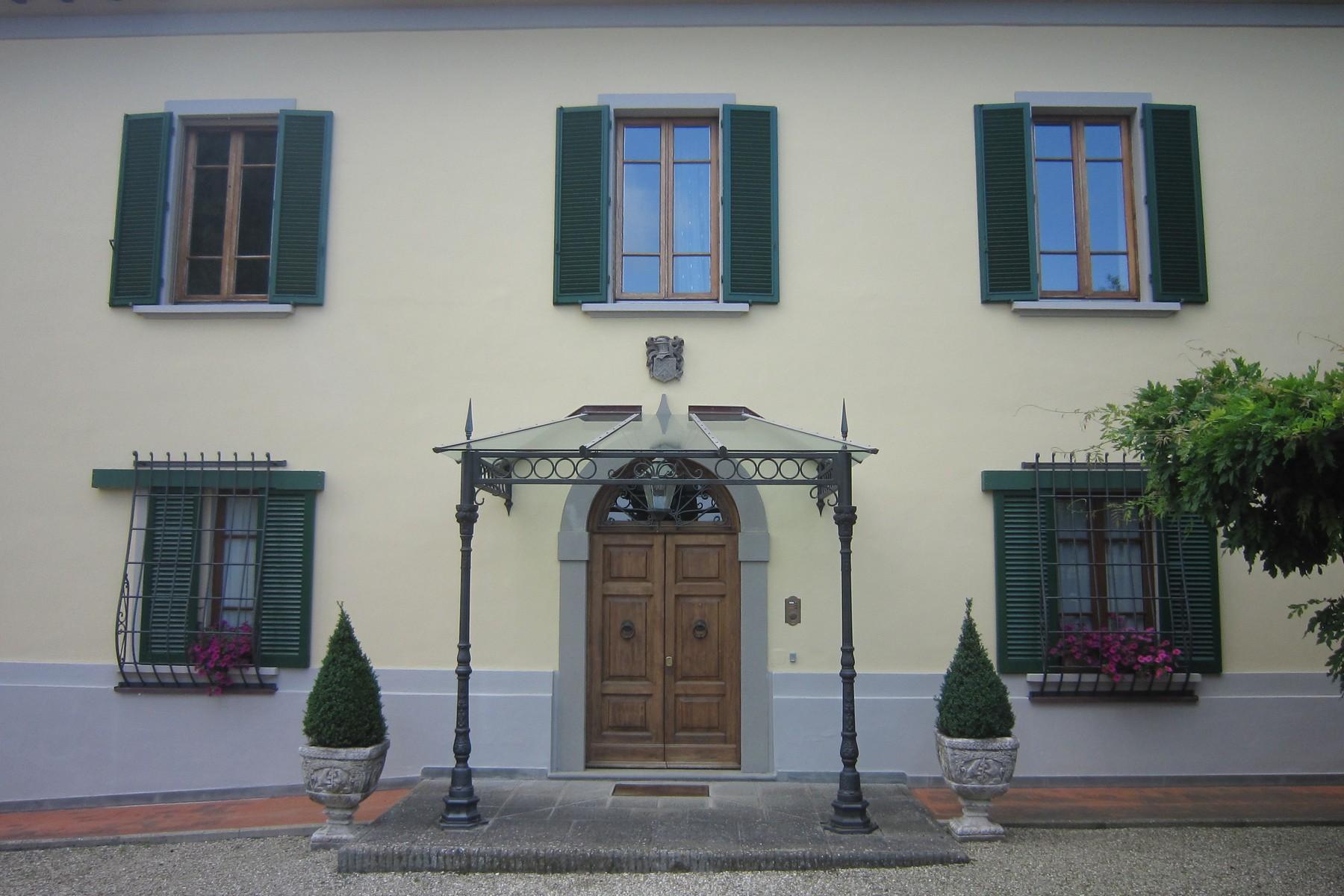 Villa in Vendita a Castellina In Chianti villa loc. villarosa