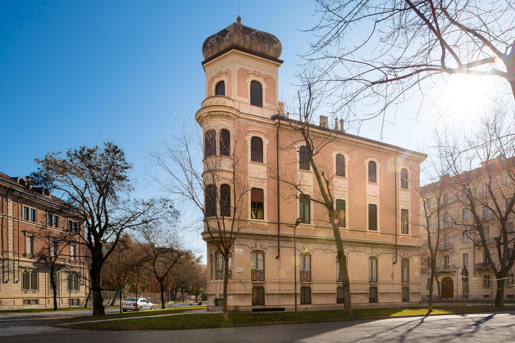 Appartamento in Vendita a Torino: 5 locali, 210 mq - Foto 2