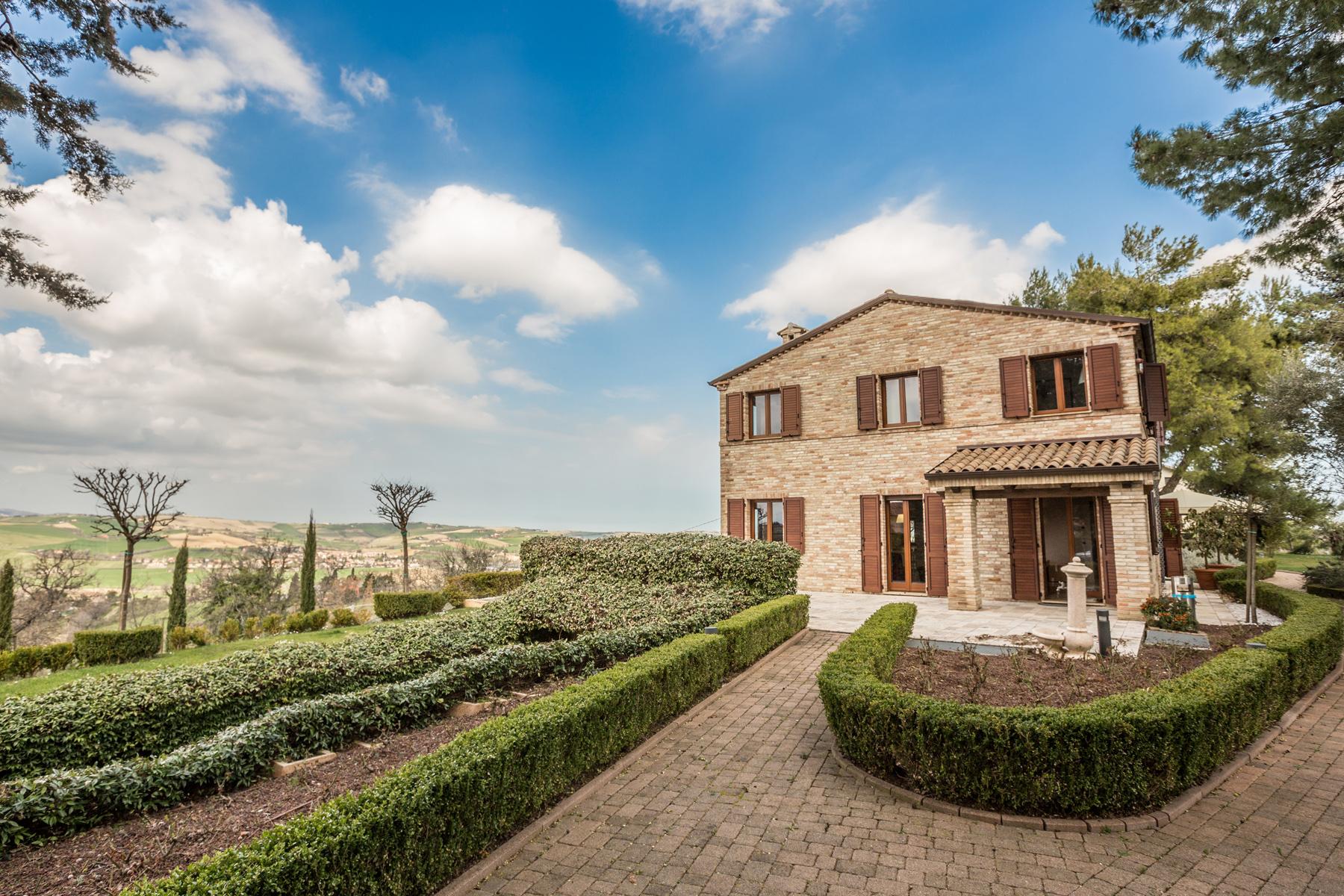 Villa in Vendita a Corinaldo via cesi