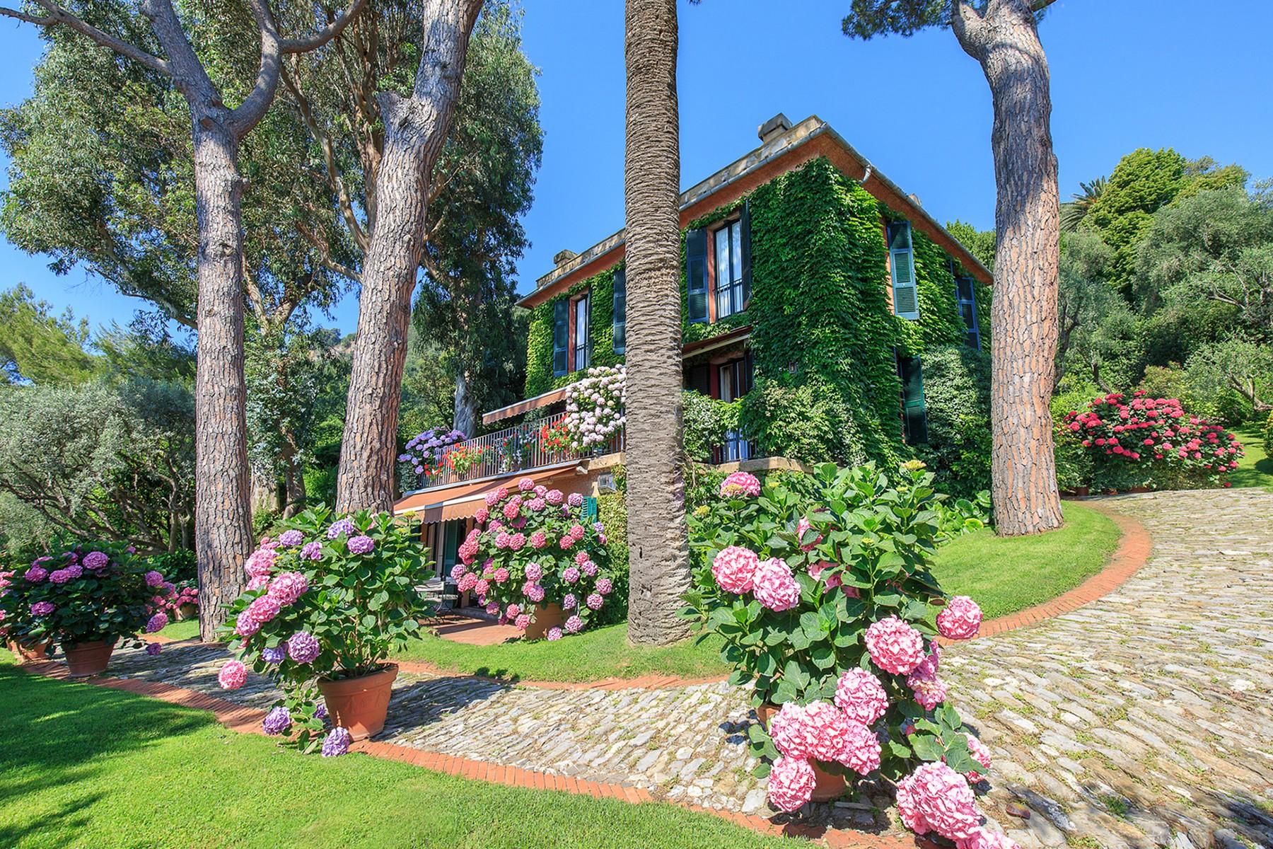 Villa in Vendita a Santa Margherita Ligure via privata repellini