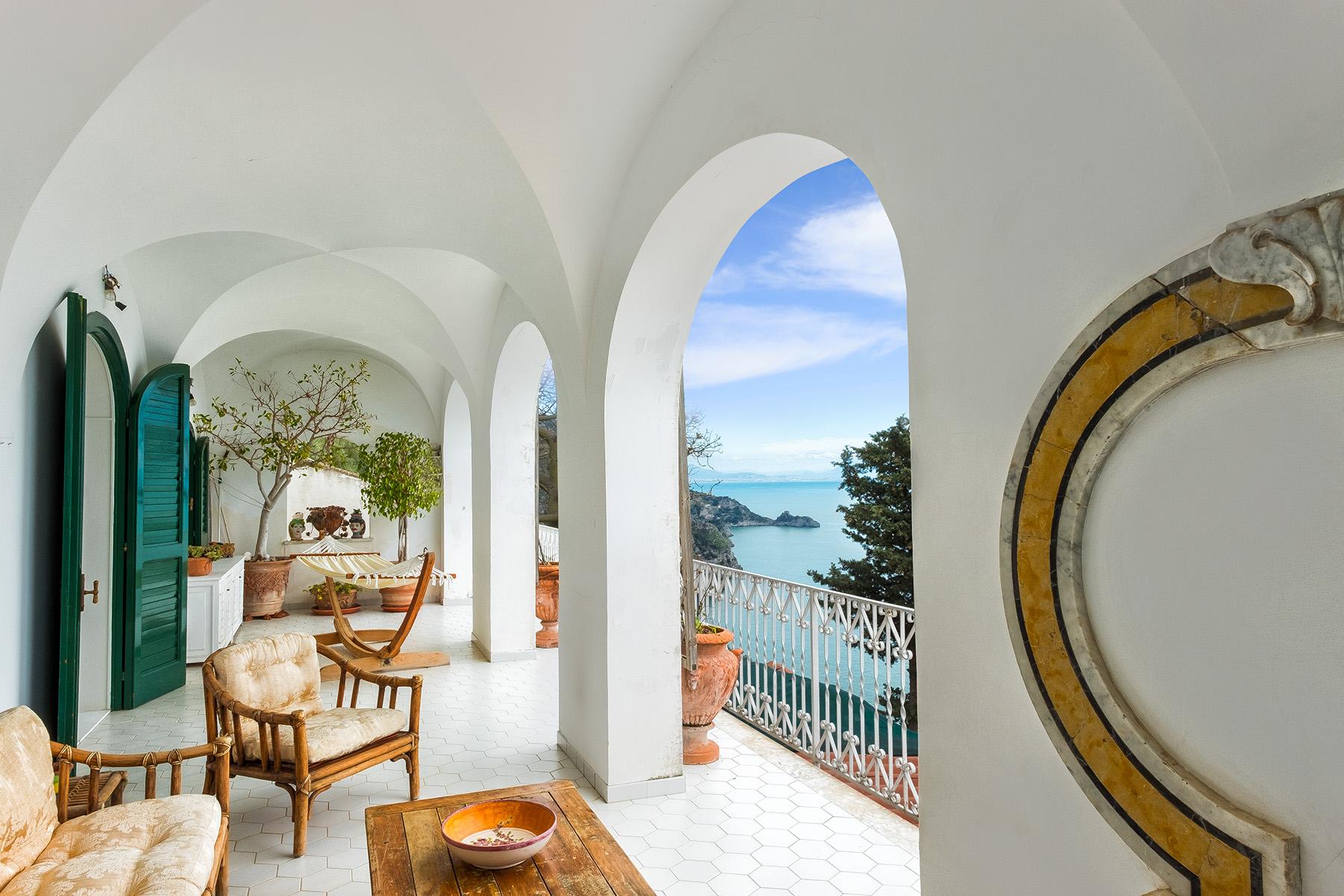 Casa indipendente in Vendita a Praiano via costantinopoli