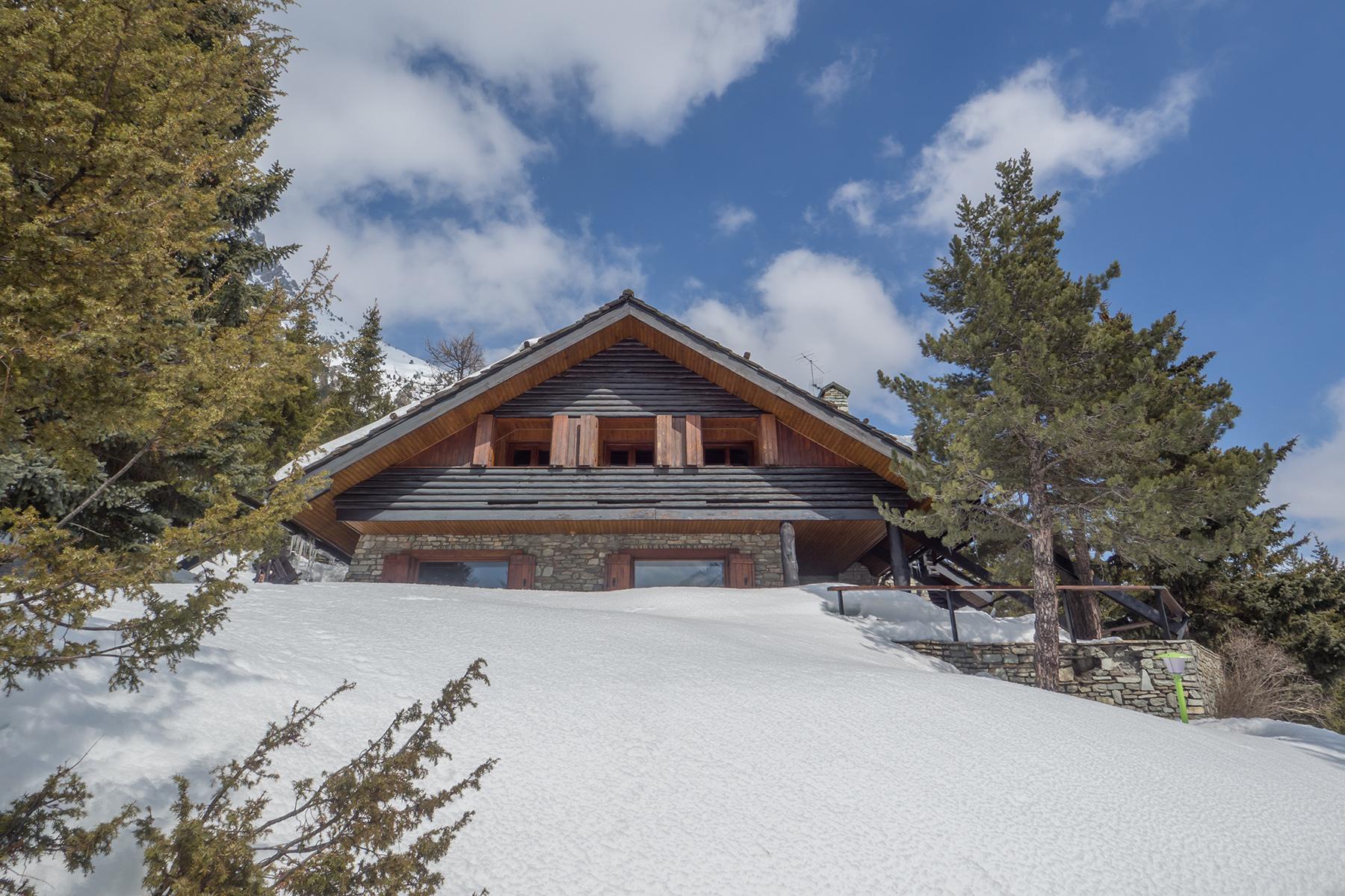 Casa indipendente in Vendita a Claviere: 5 locali, 420 mq