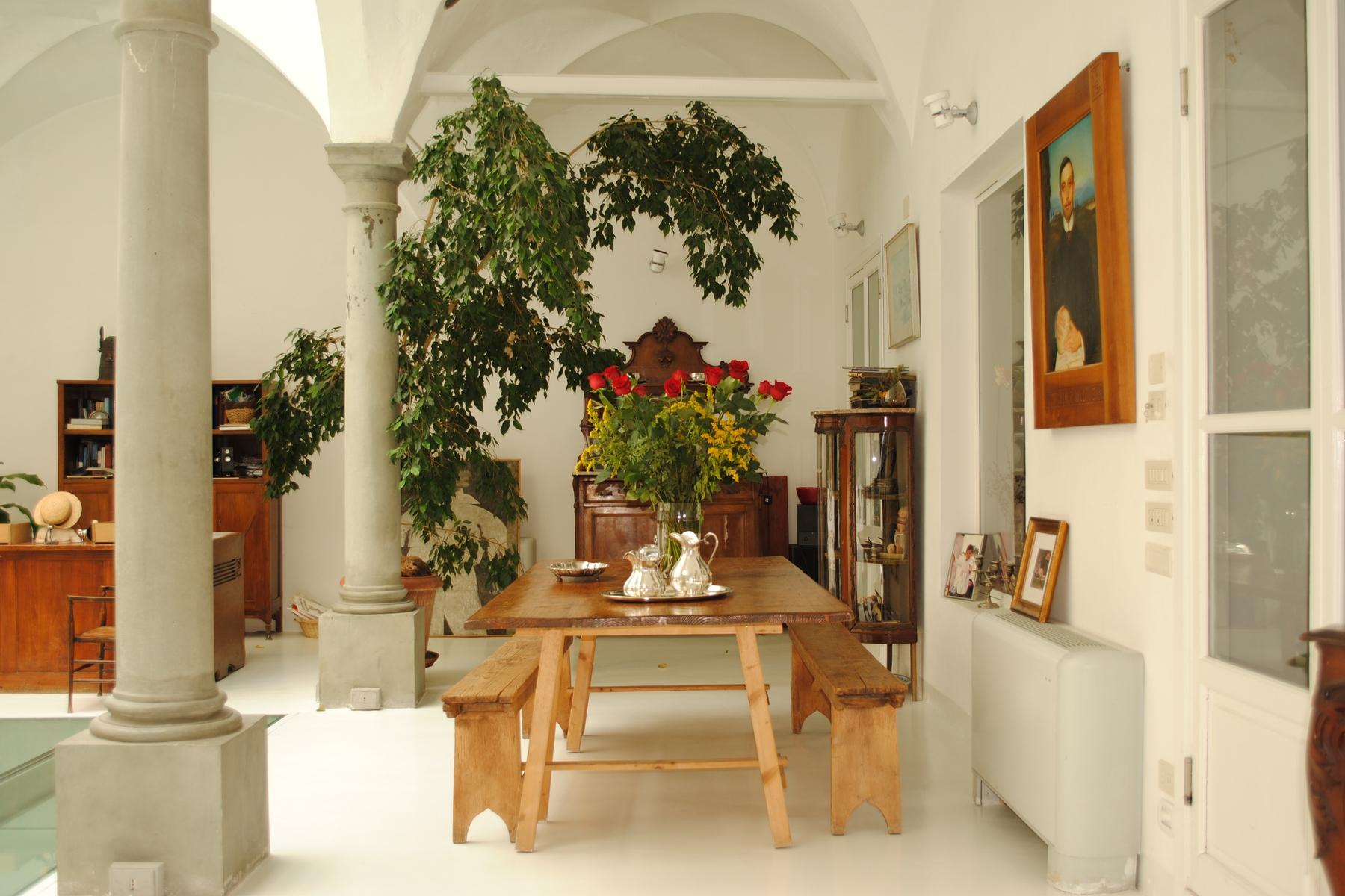 Appartamento in Vendita a Firenze: 5 locali, 490 mq - Foto 2