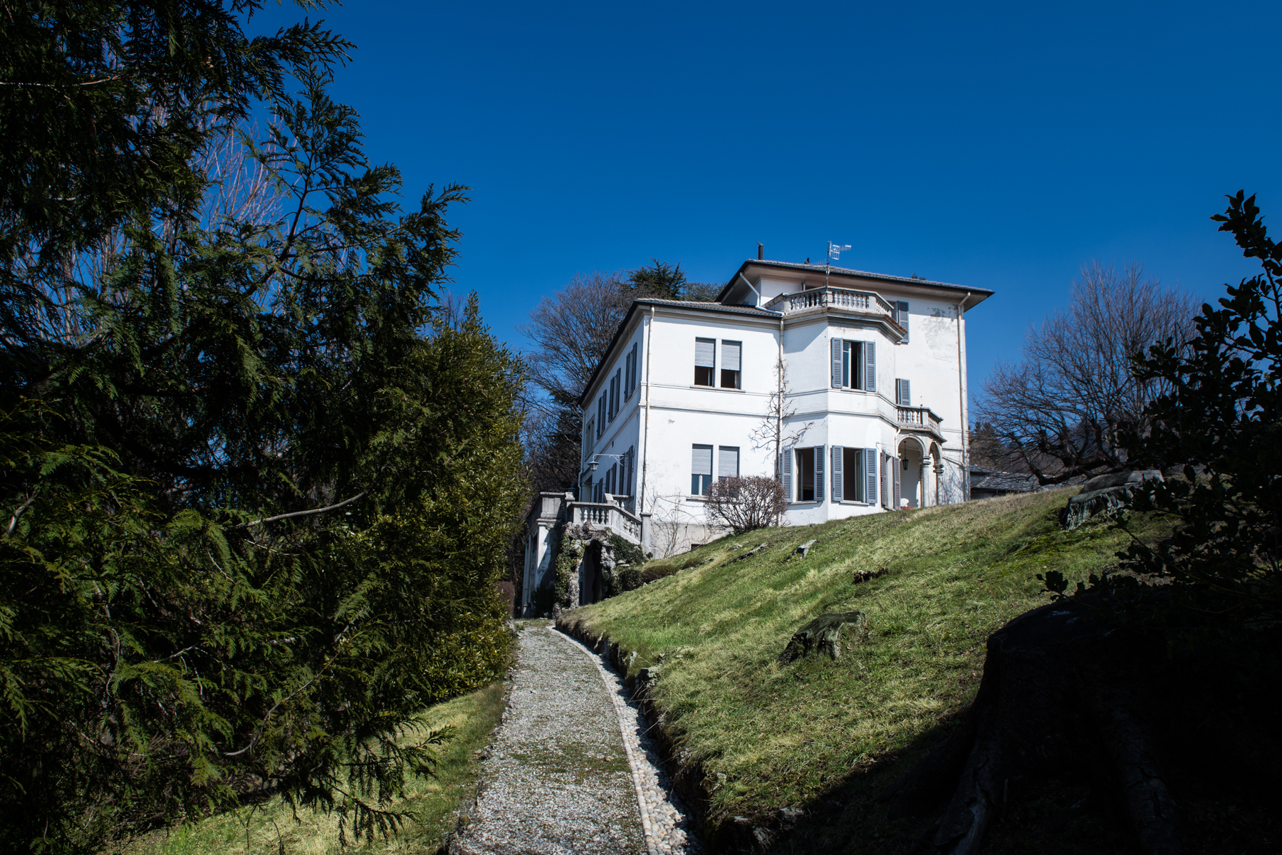 Villa in Vendita a Brunate:  5 locali, 600 mq  - Foto 1