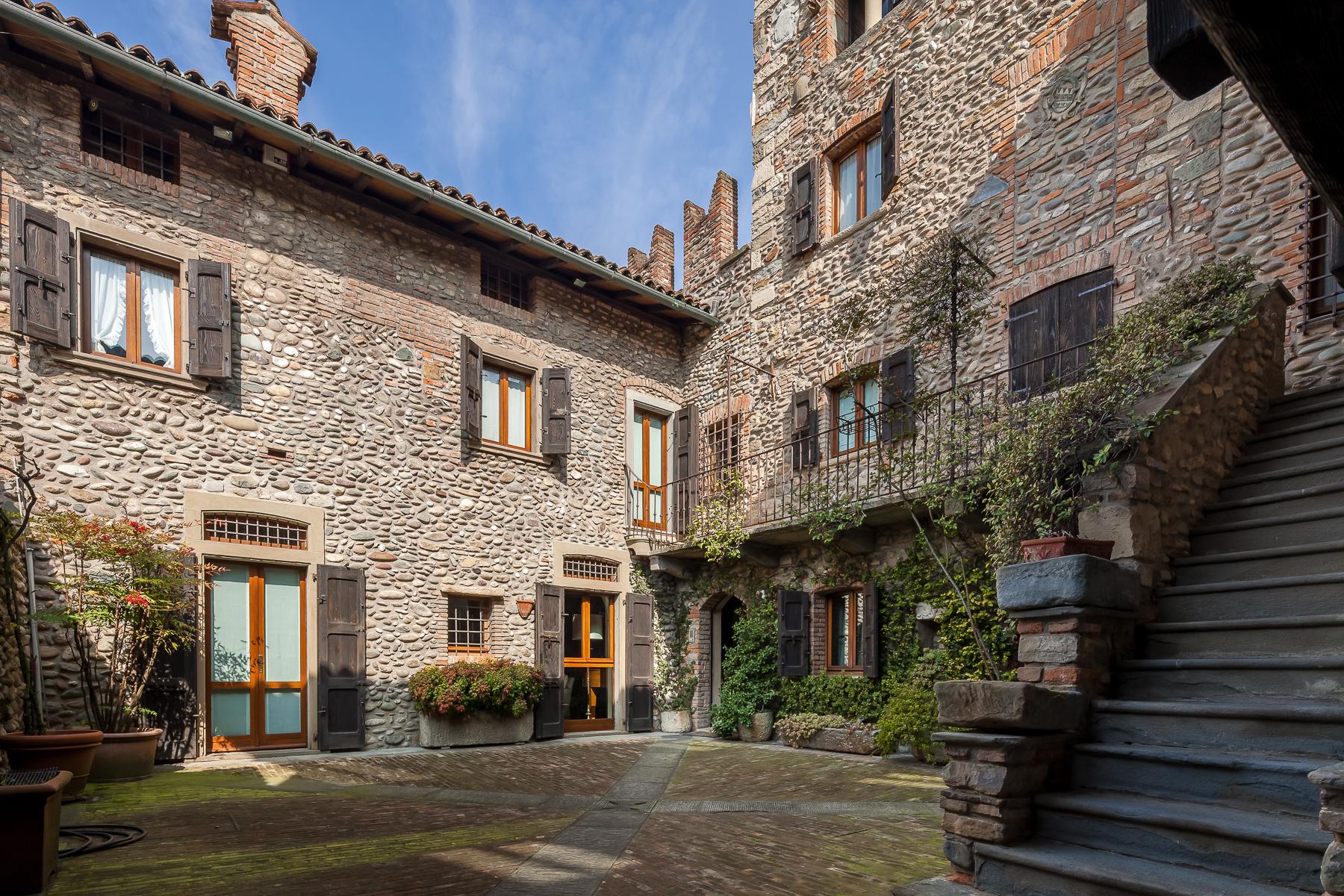 Villa in Vendita a Gorle: 5 locali, 850 mq - Foto 3