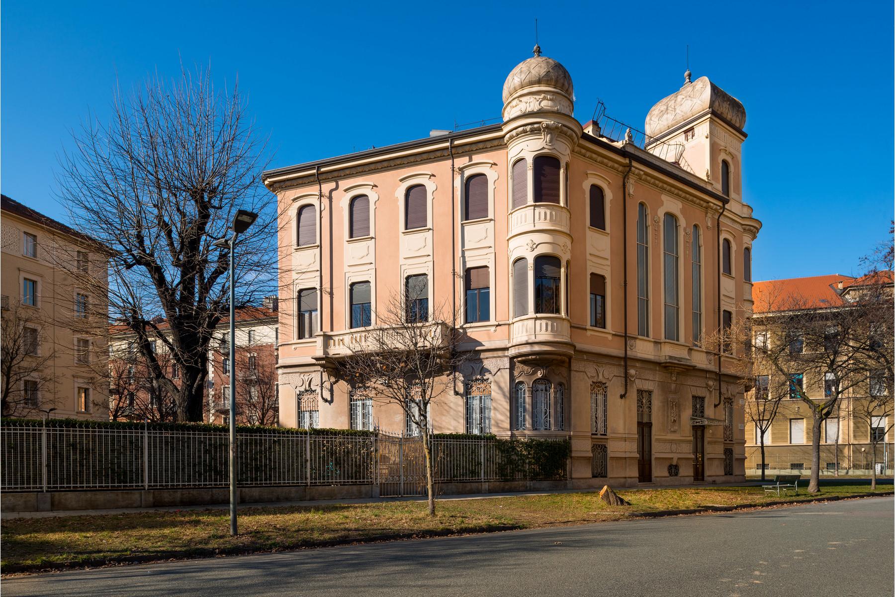 Appartamento in Vendita a Torino Centro: 5 locali, 160 mq