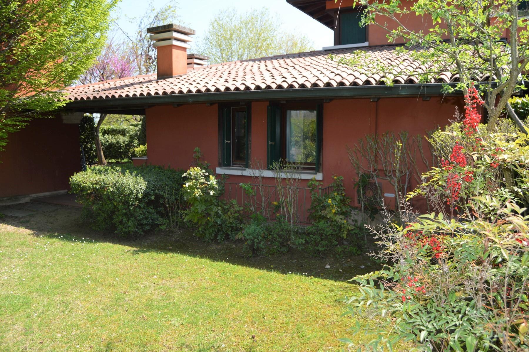 Villa in Vendita a Soiano Del Lago: 5 locali, 137 mq