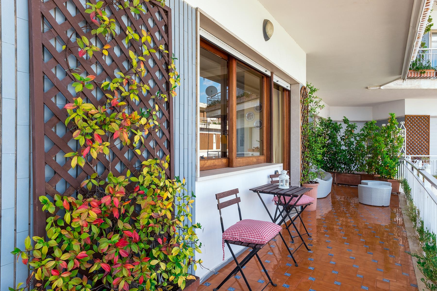 Appartamento in Vendita a Napoli: 5 locali, 150 mq - Foto 4
