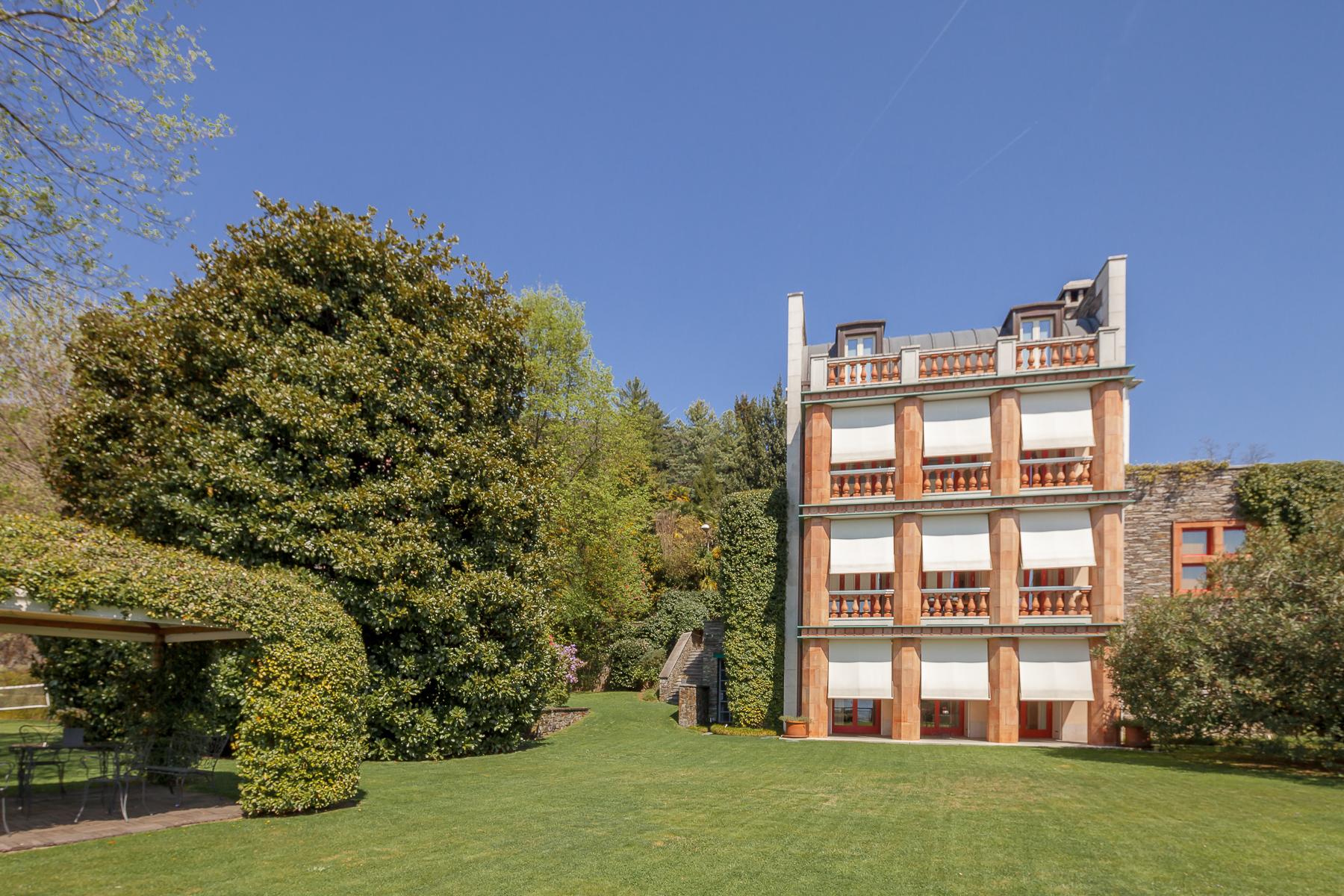 Villa in Vendita a Verbania: 5 locali, 550 mq - Foto 6